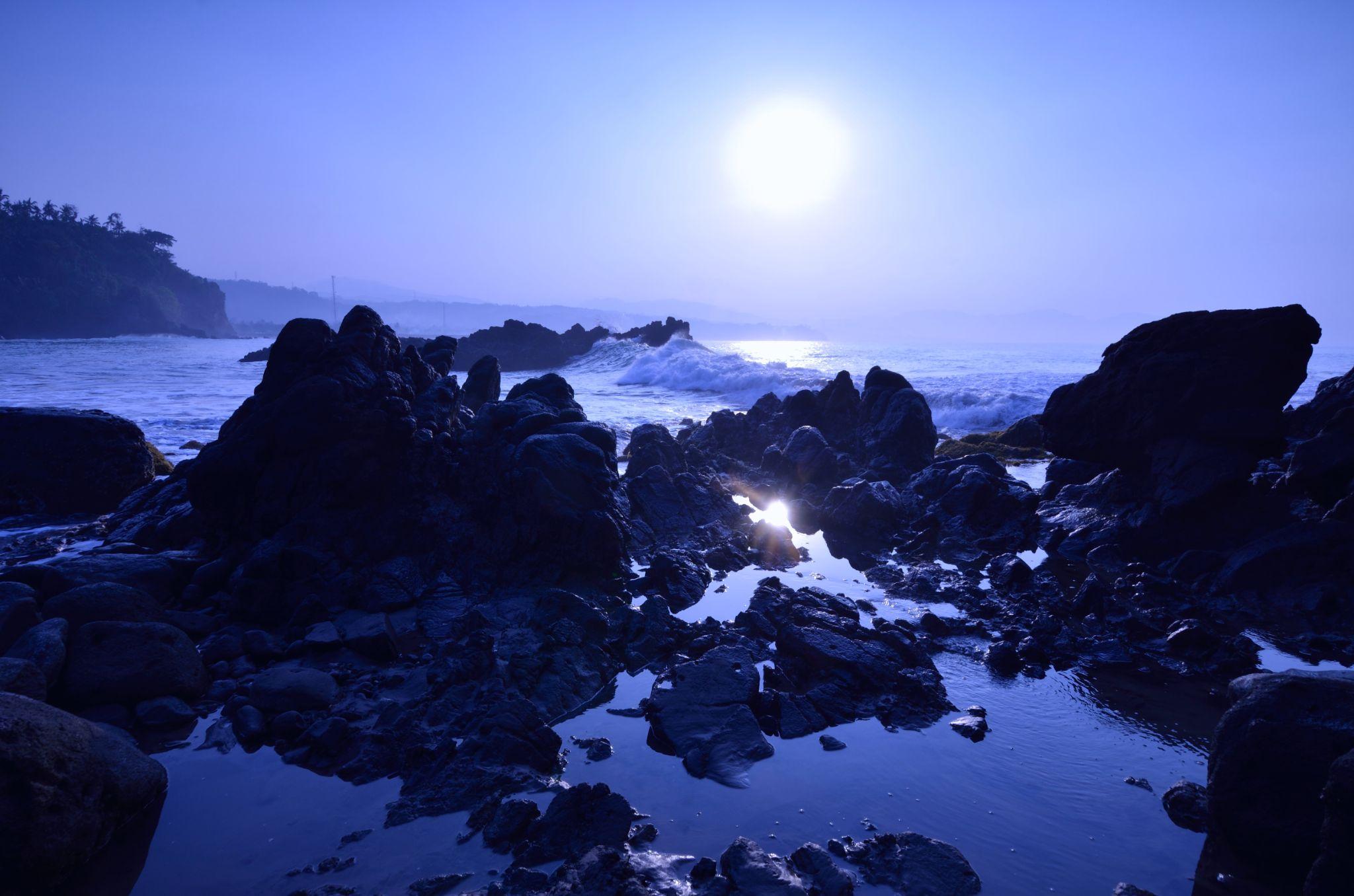 Sun Rising by Yulius