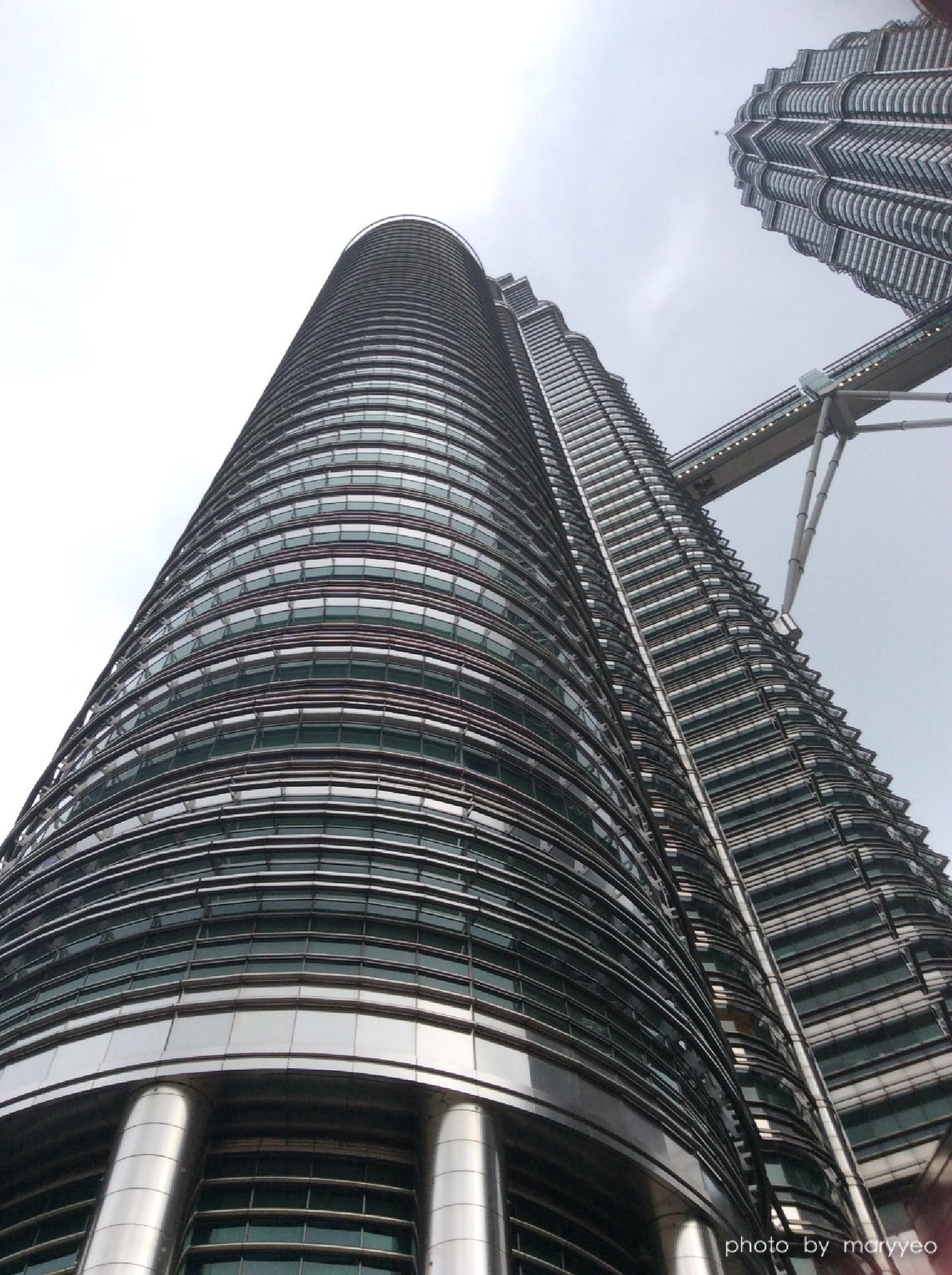 Photo in Architecture #klcc #building #myhappyphoto