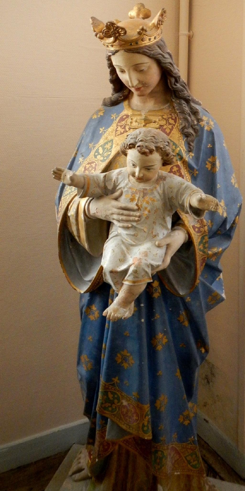 Abbaye Royale Celles sur Belle, France. by pawel2reklewski