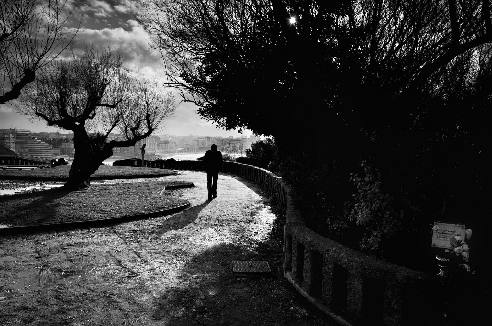 Photo in Street Photography #black and white #human #life