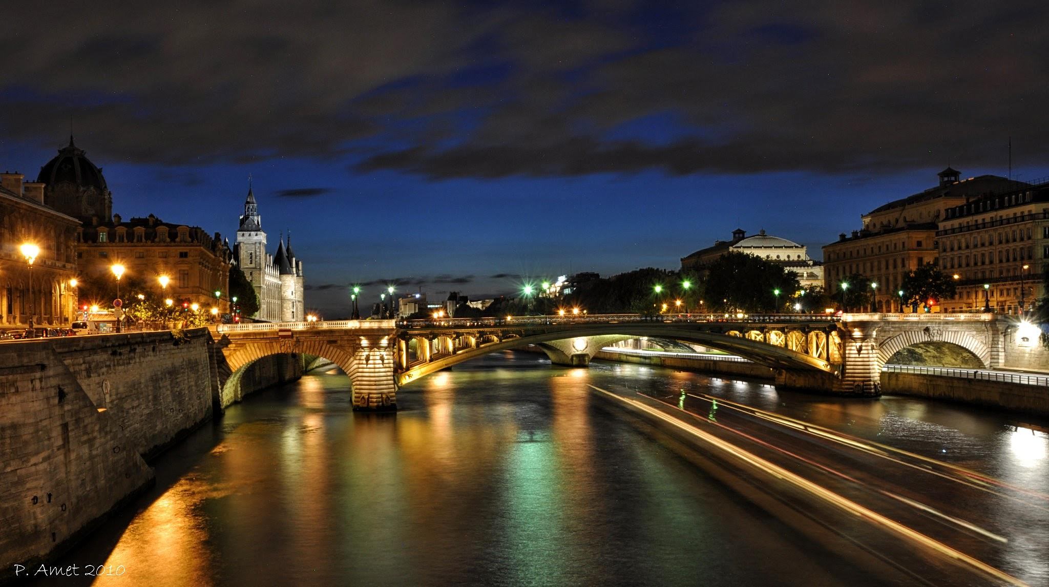 Pont Notre Dame by Patrick Lethorois