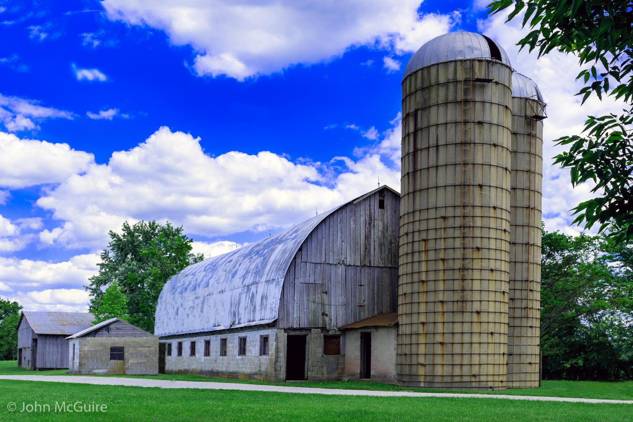 Old Dairy Barn by JohnMcGuire