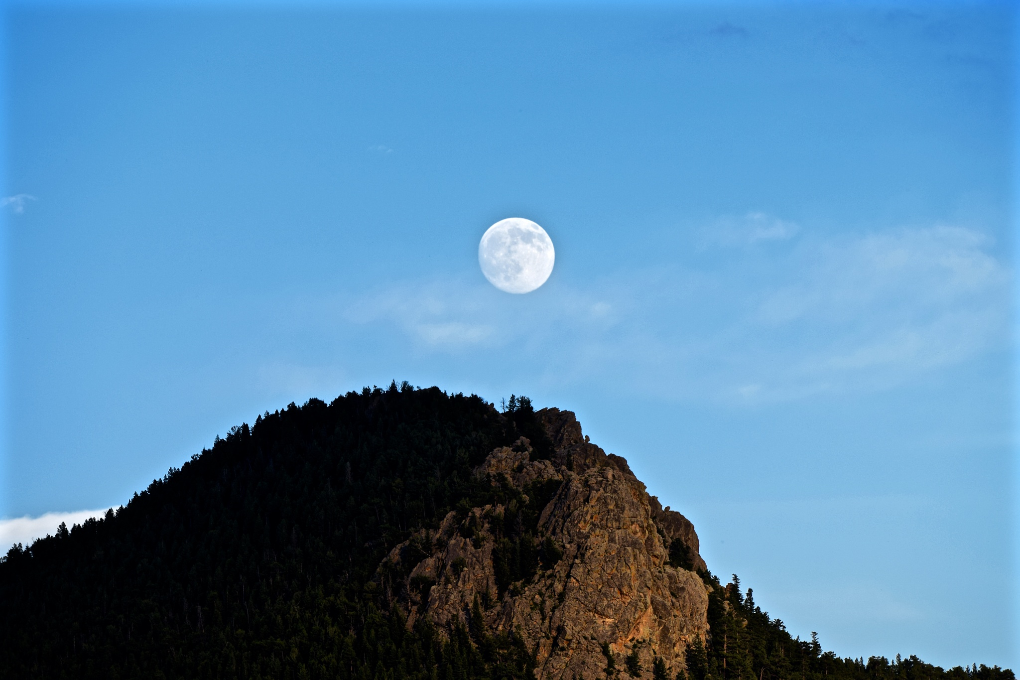 The Moon & the Mountain. by brutale910crb