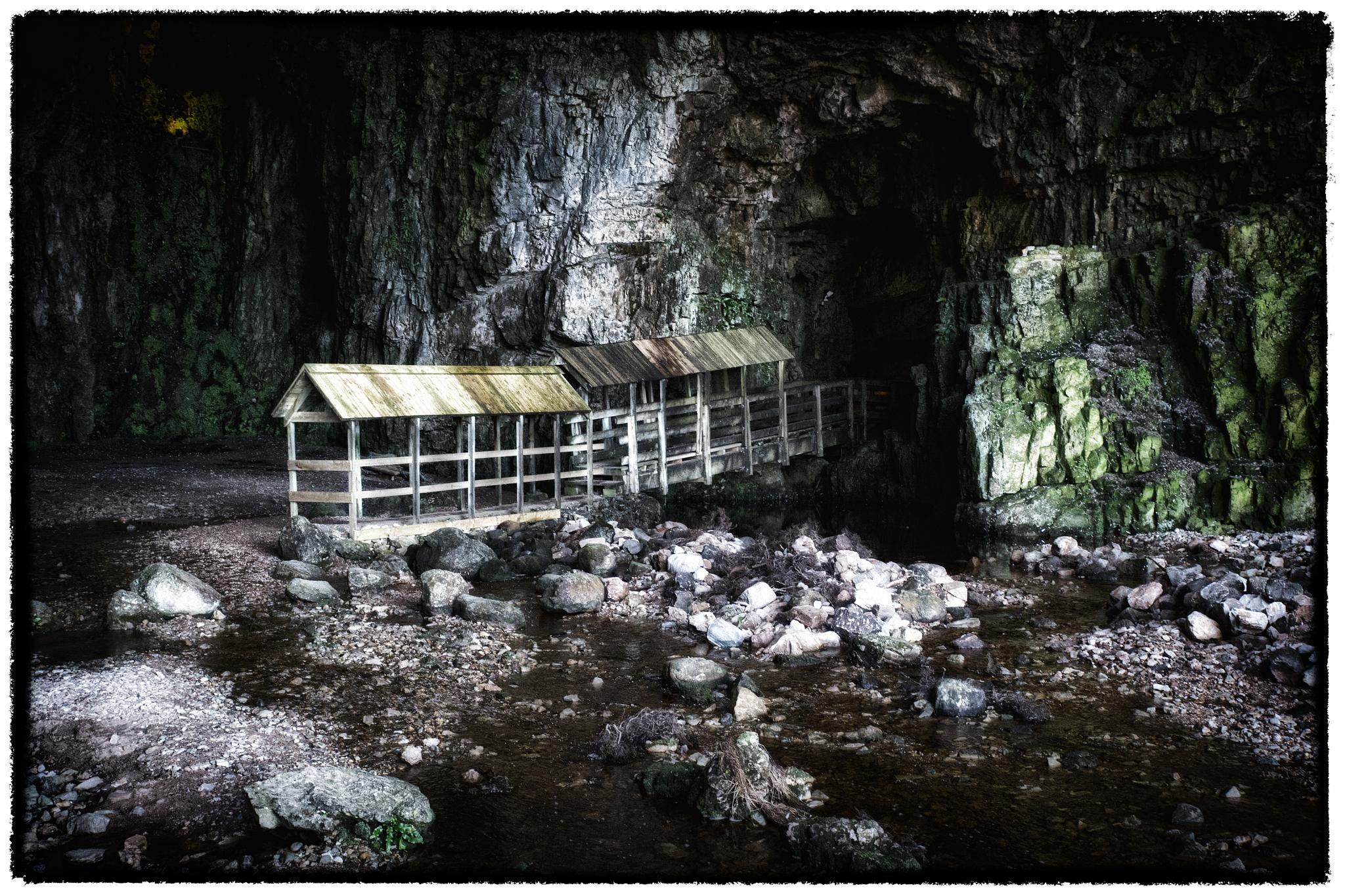 Entrance to Smoo Cave by isegarth