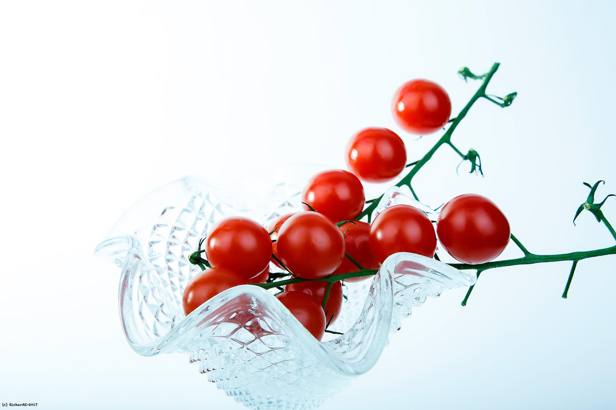 Tomatoes by Richard E Foto