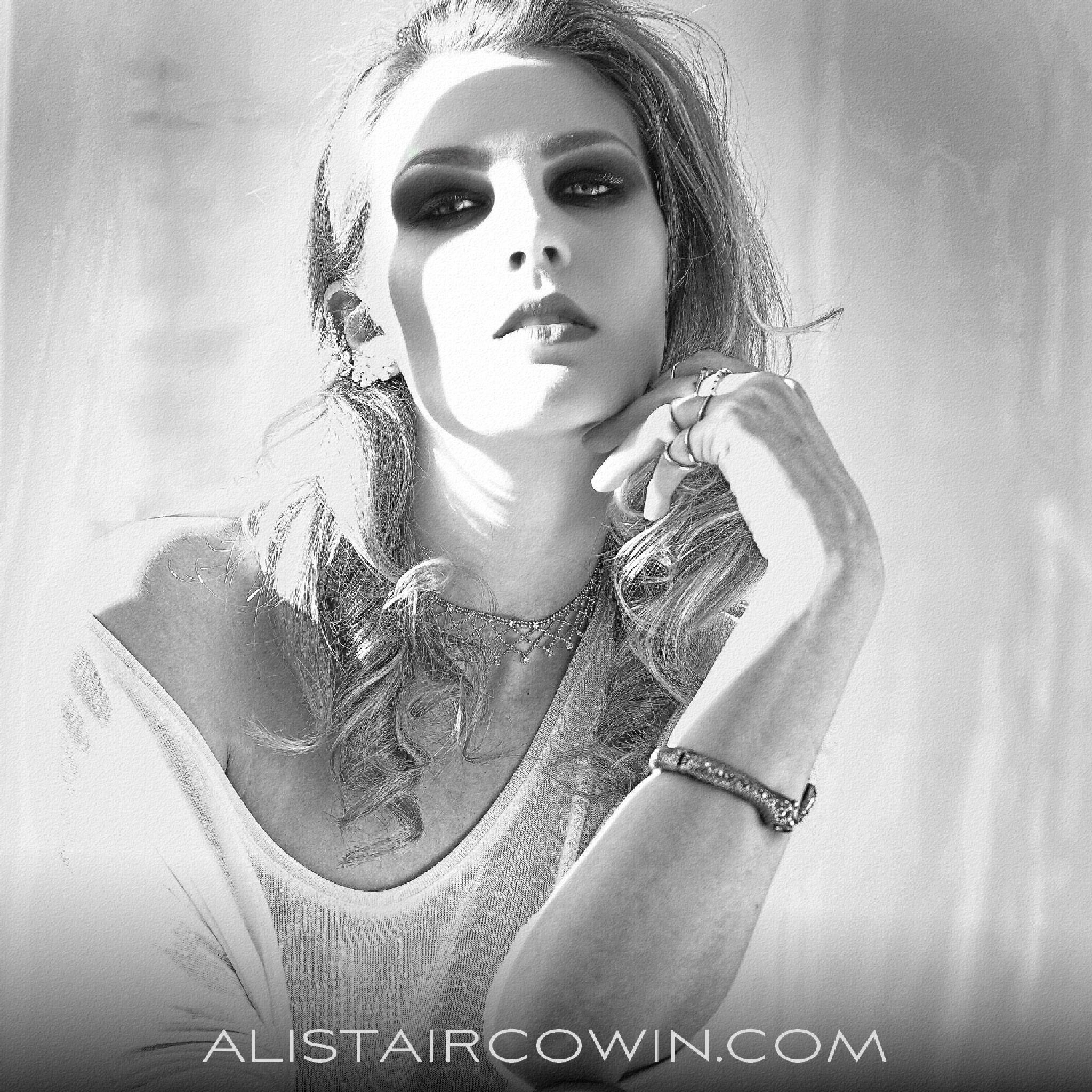 Amalia by Alistair Cowin