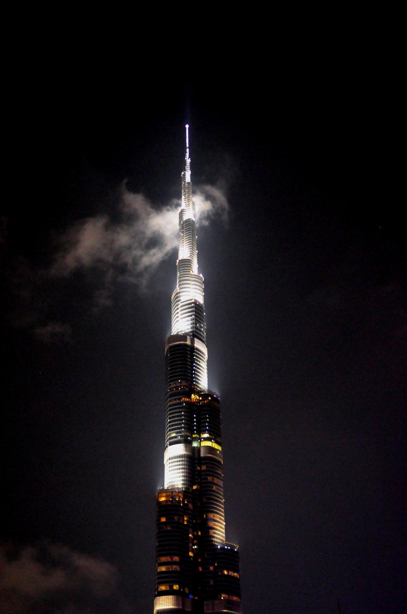burj khalifa at a night by jimeier f.