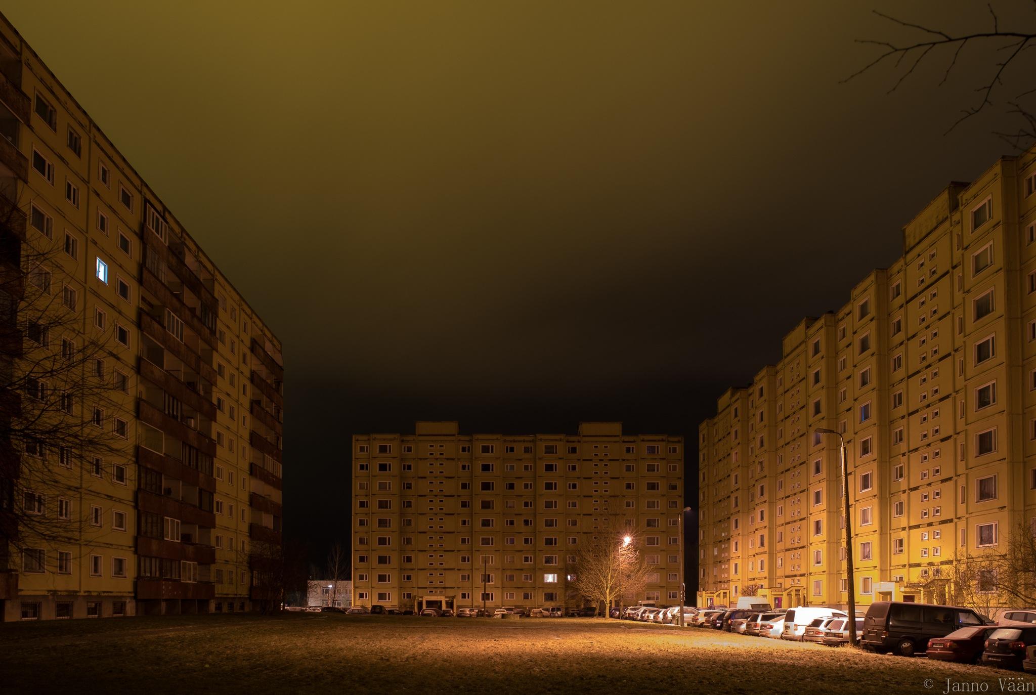 The sleeping city by Janno Vään