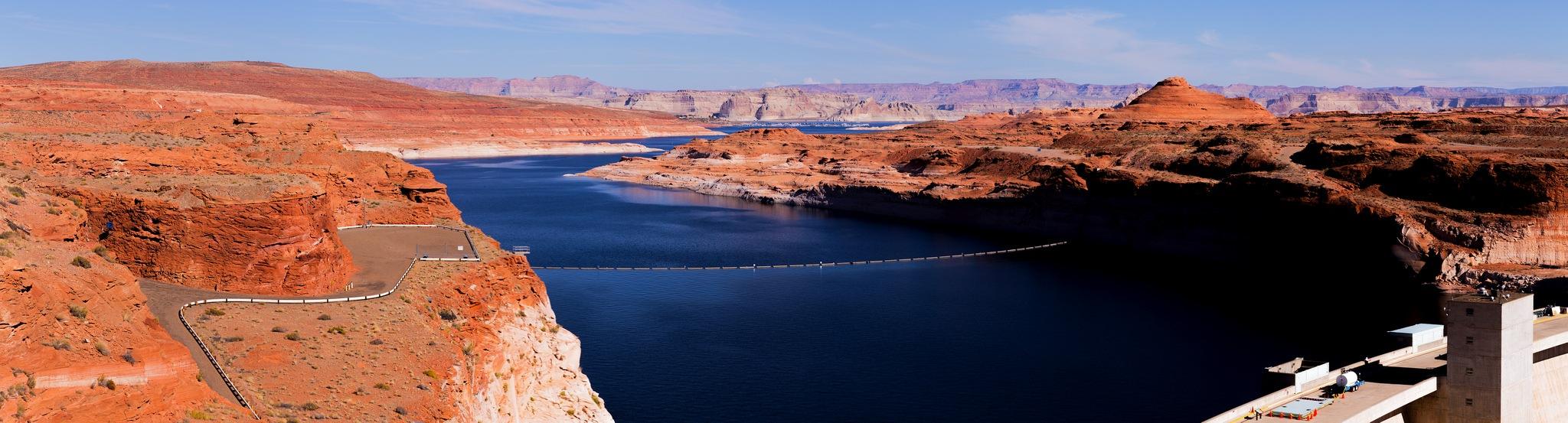 Glen Canyon Dam by gkkosmetik