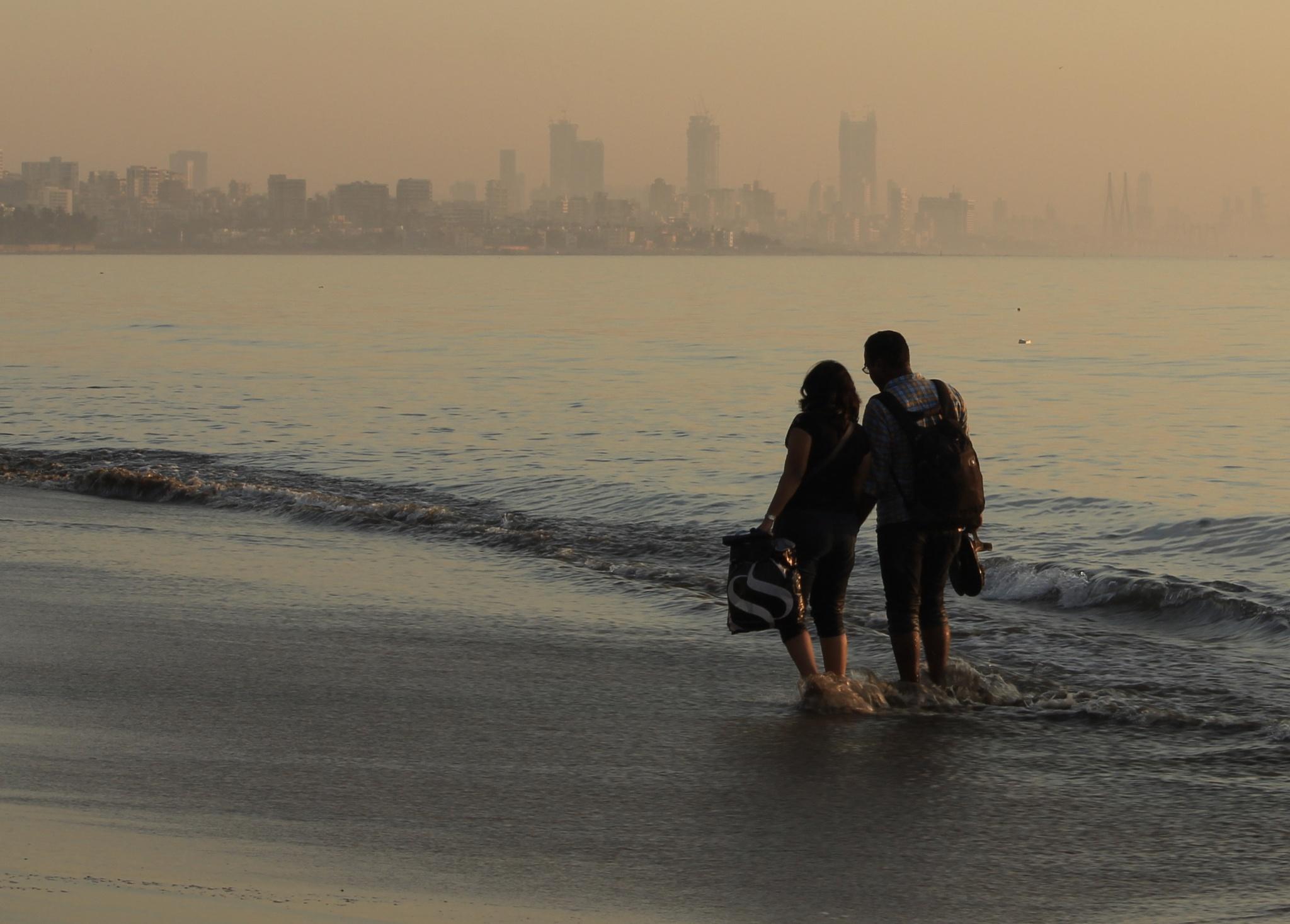 A day at the beach! by R Ramakrishnan