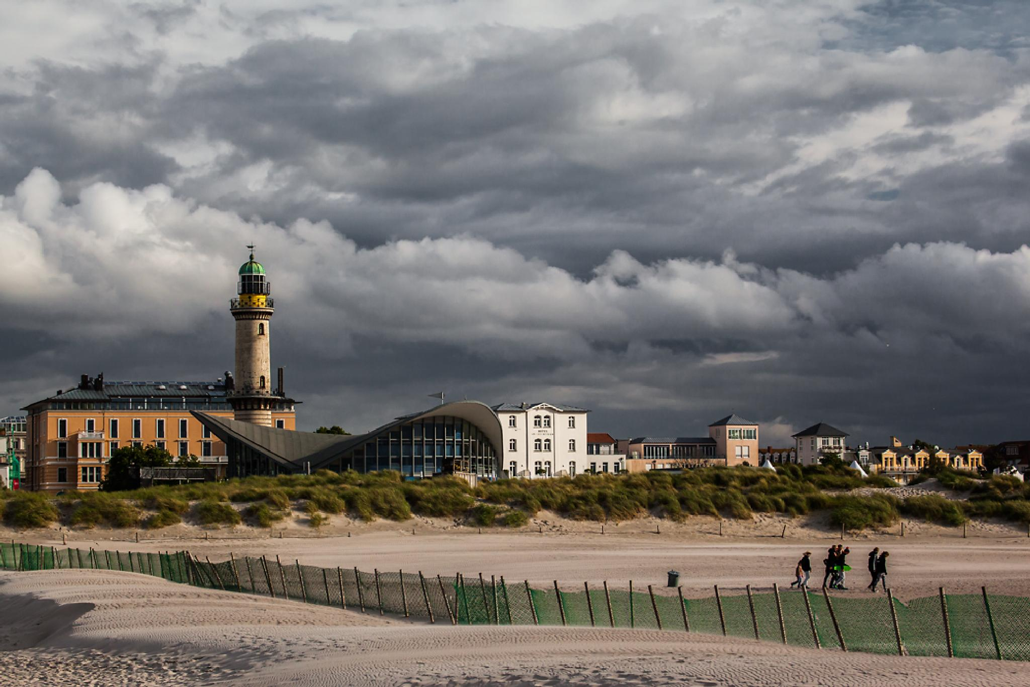 "The Lighthouse and ""Teepott"" of Warnemünde by JoergDorn"