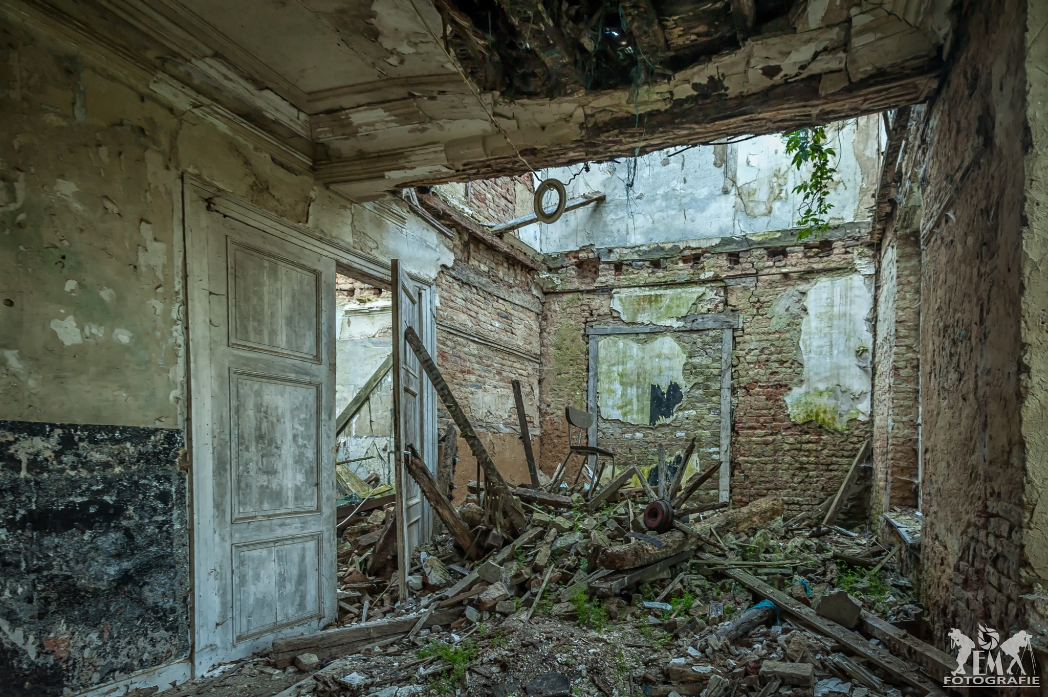 Where did the roof go by eleveldphotography