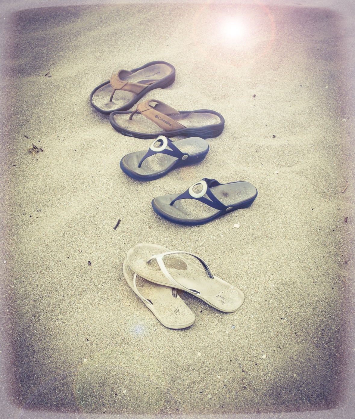 Toes in the Sand by R. L. Lowery