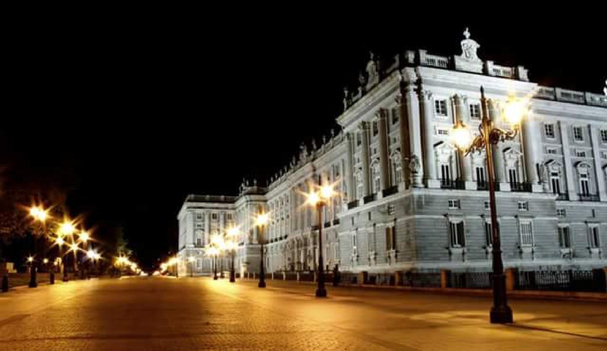 Madrid Royal Palace by thierrylorenzo