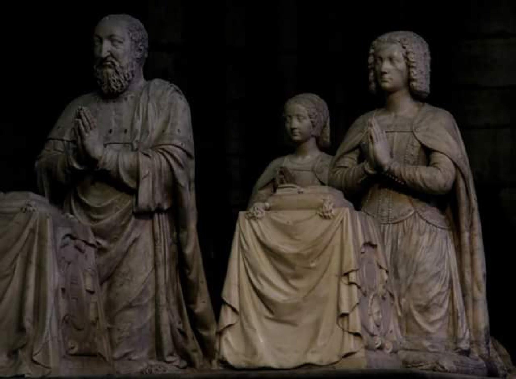 royal family in Saint-Denis basilic  by thierrylorenzo