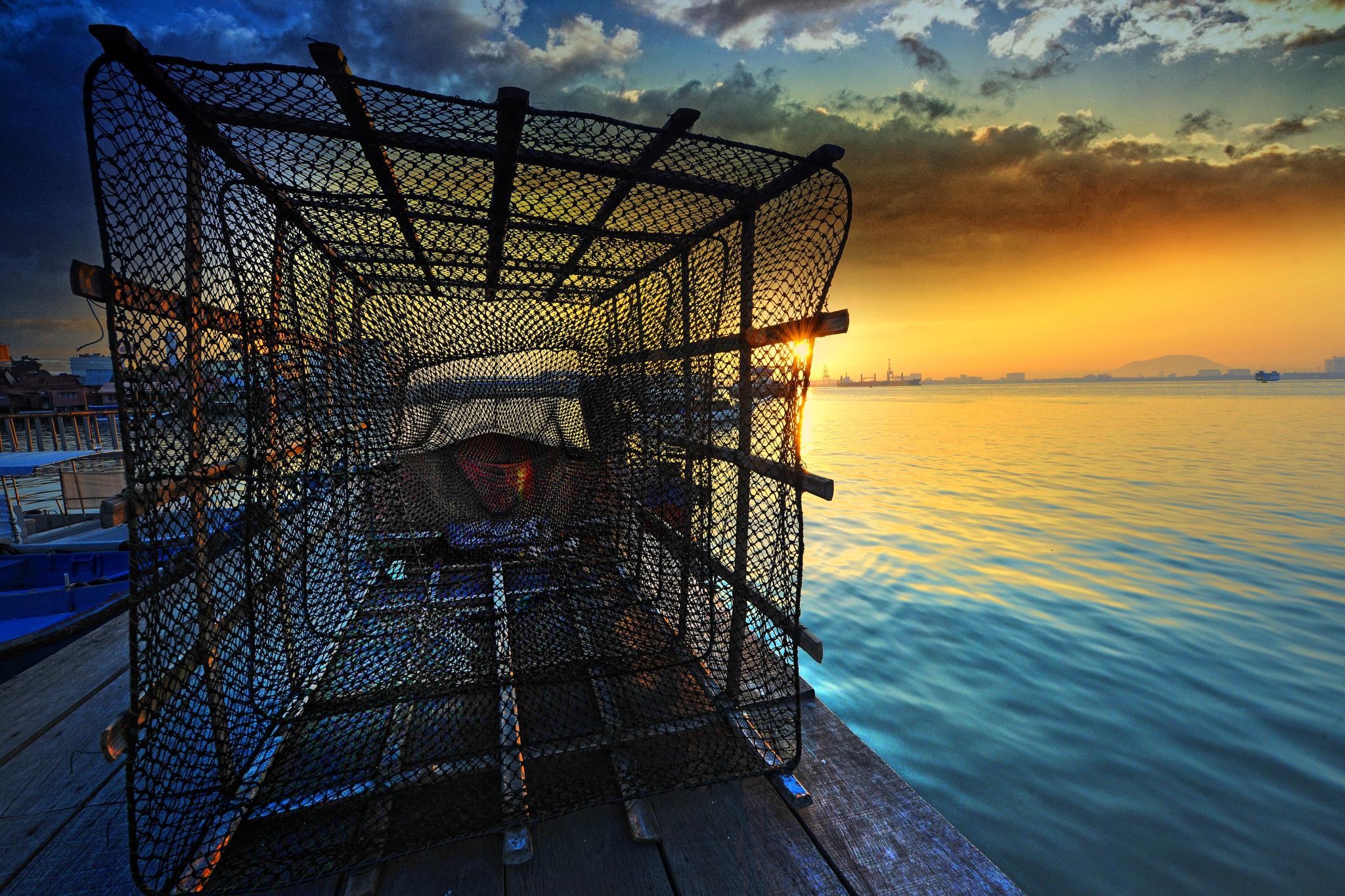 FISHERMAN WEAPON by SAM LIM