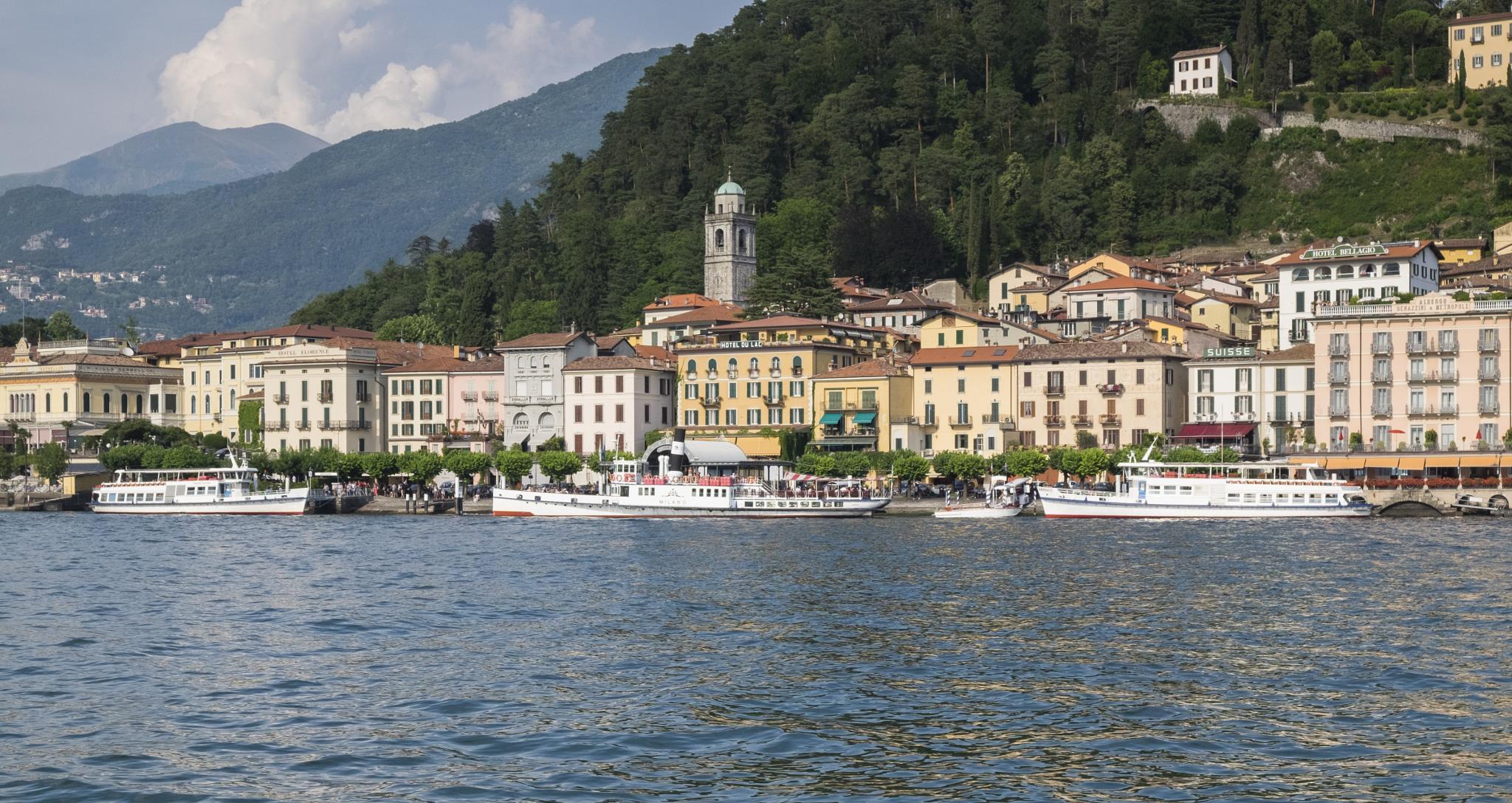 Bellagio, Lake Como by Martin Beecroft