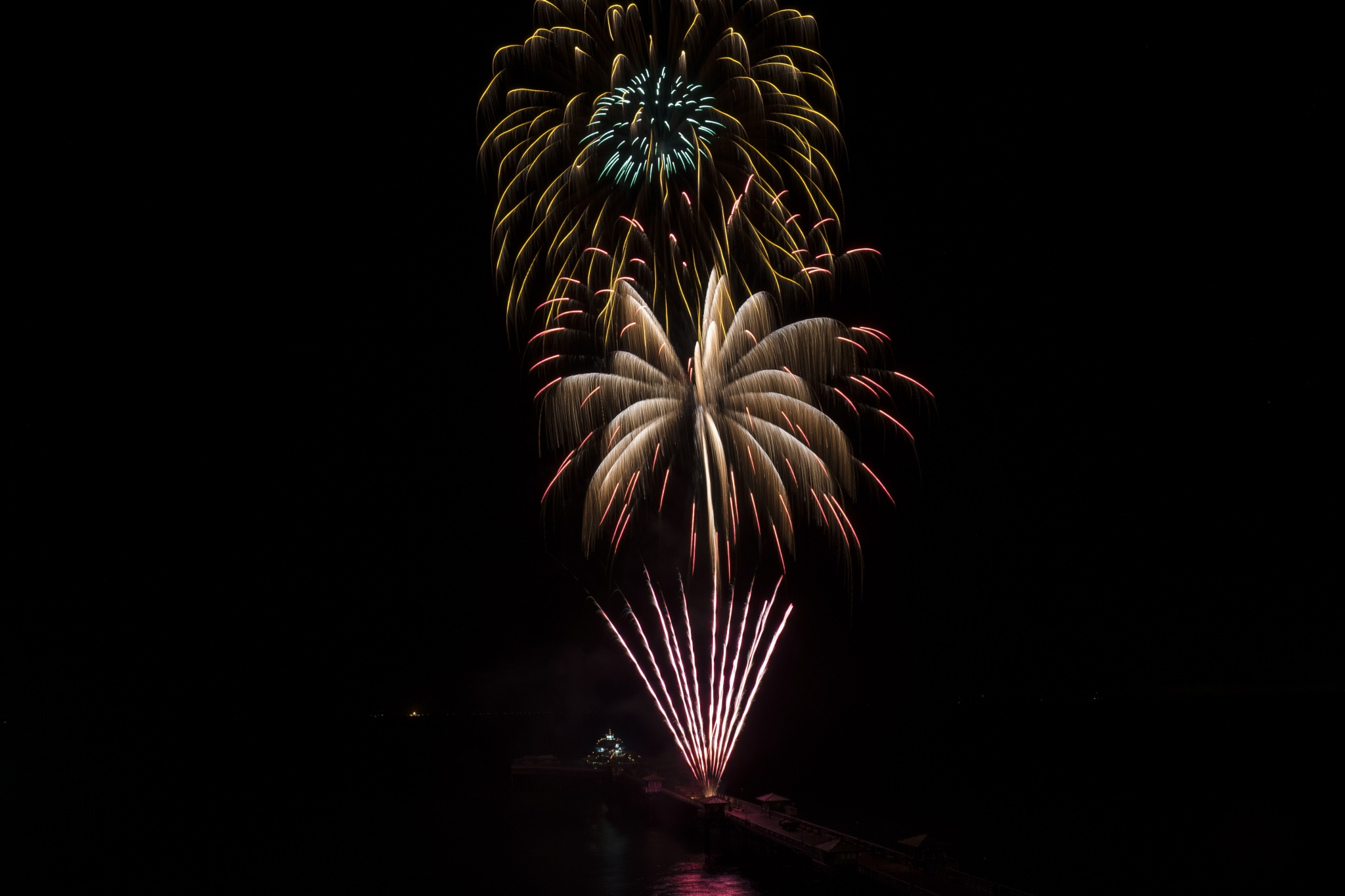 Fireworks 3 by Martin Beecroft