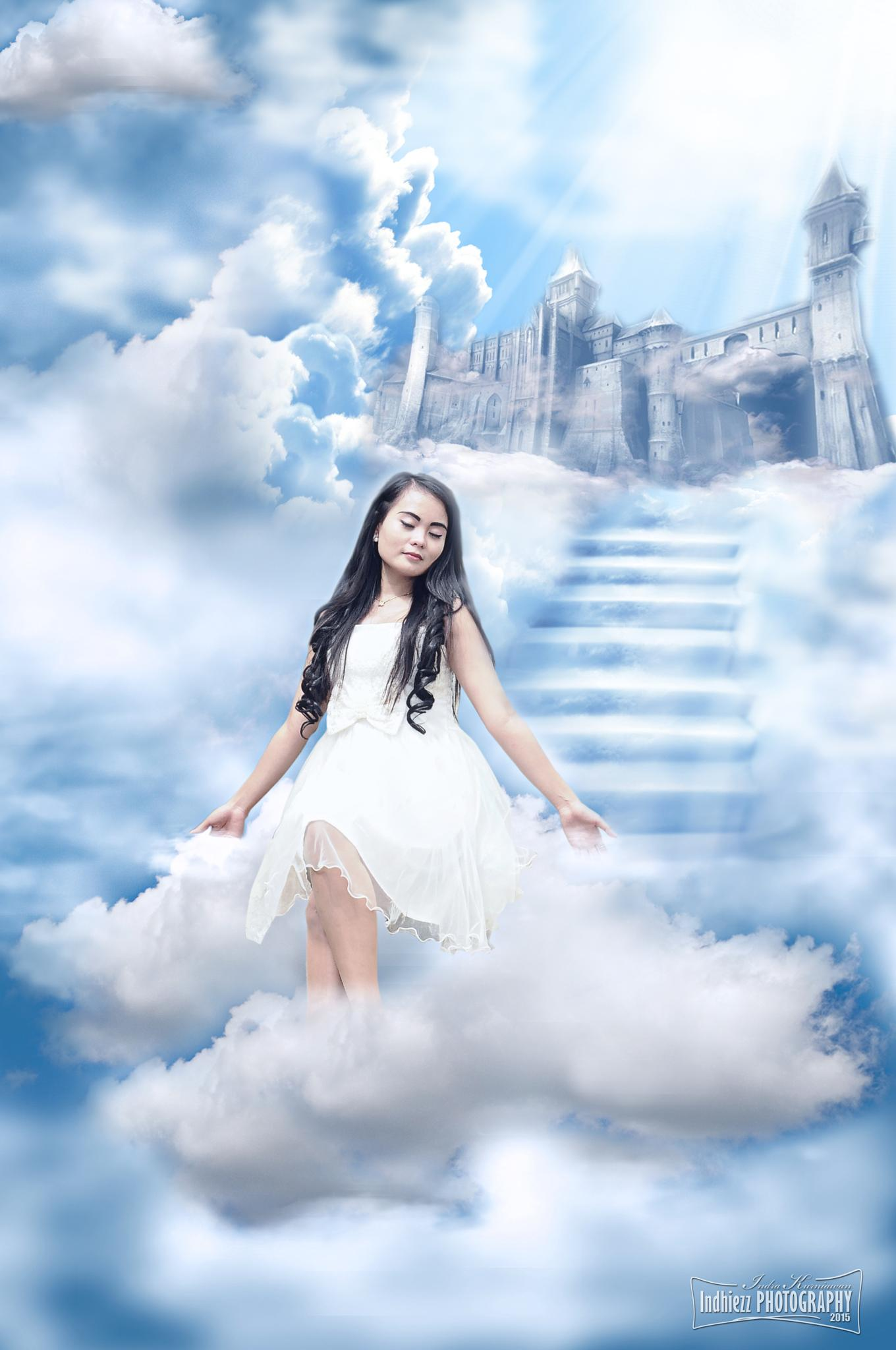 I'm Feel free in Heaven by Indhiezz Photography