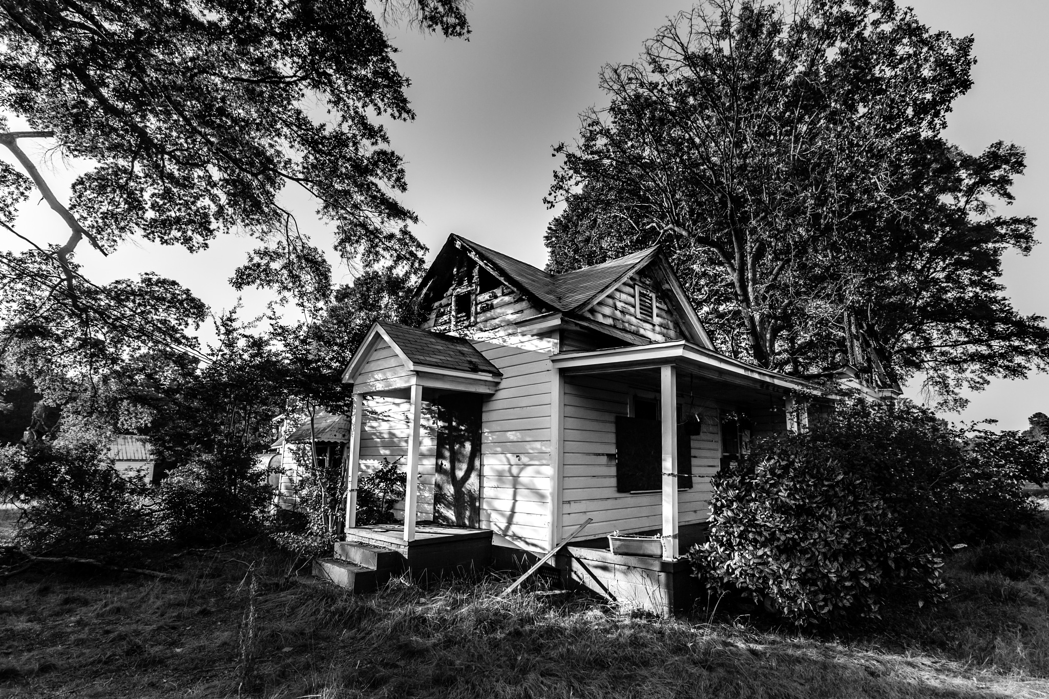 Street Photography Charlotte Abandoned House by MF - SyracuseLUX