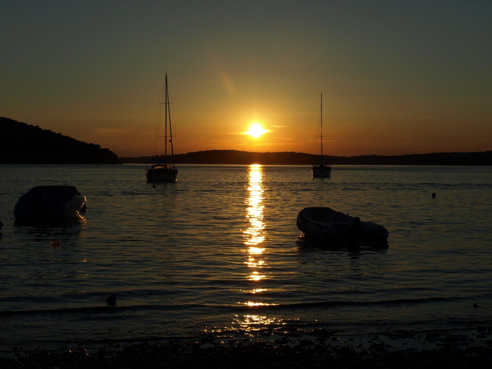 Sunset at holiday by sixtieman