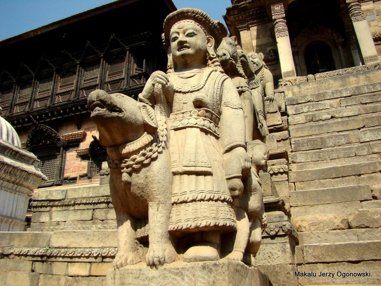 Bhaktapur.Nepal. by Makalu Jerzy Ogonowski
