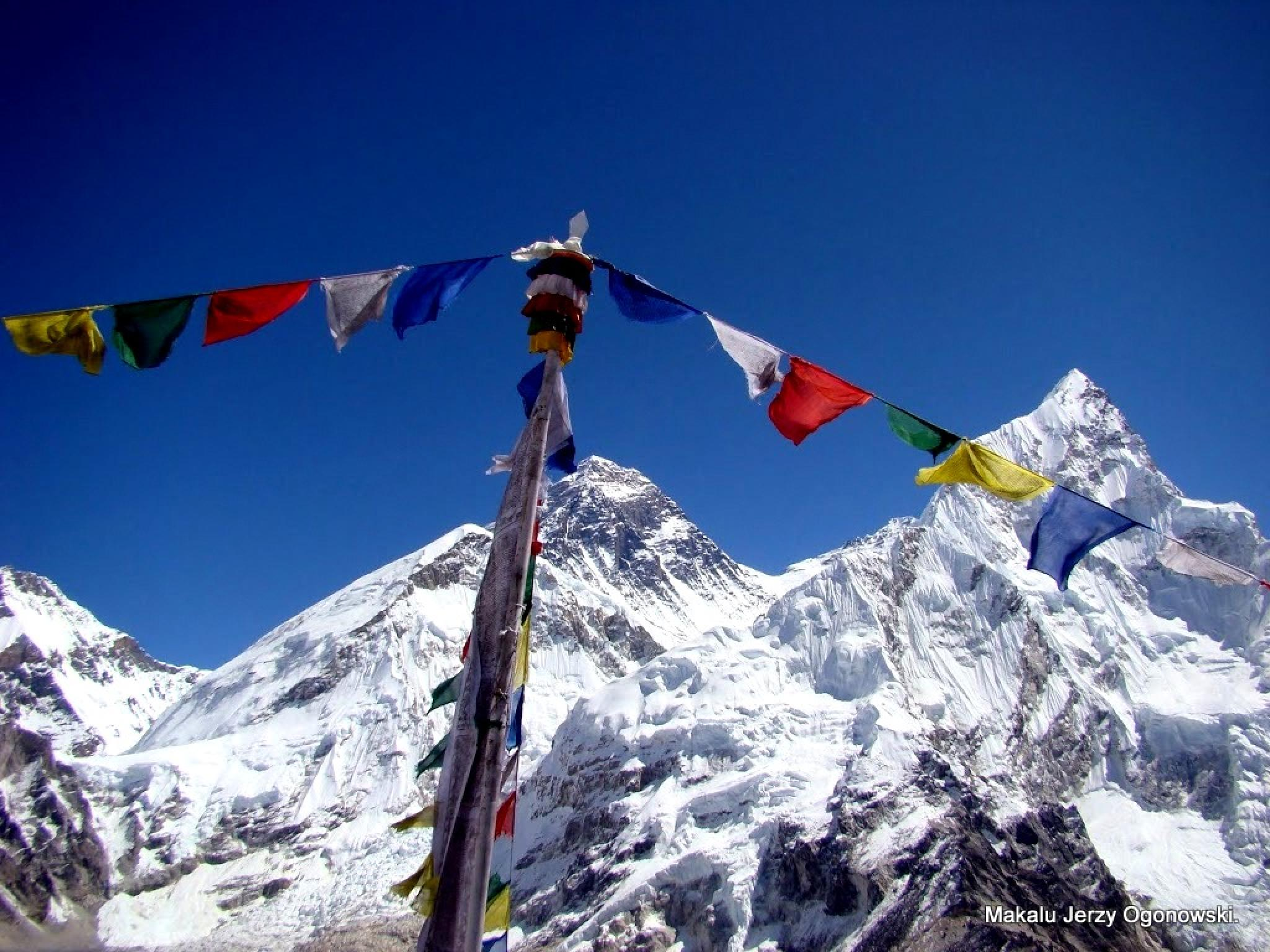 View of Mount Everest 8850m from Kala Patar.Himalayas Nepal by Makalu Jerzy Ogonowski