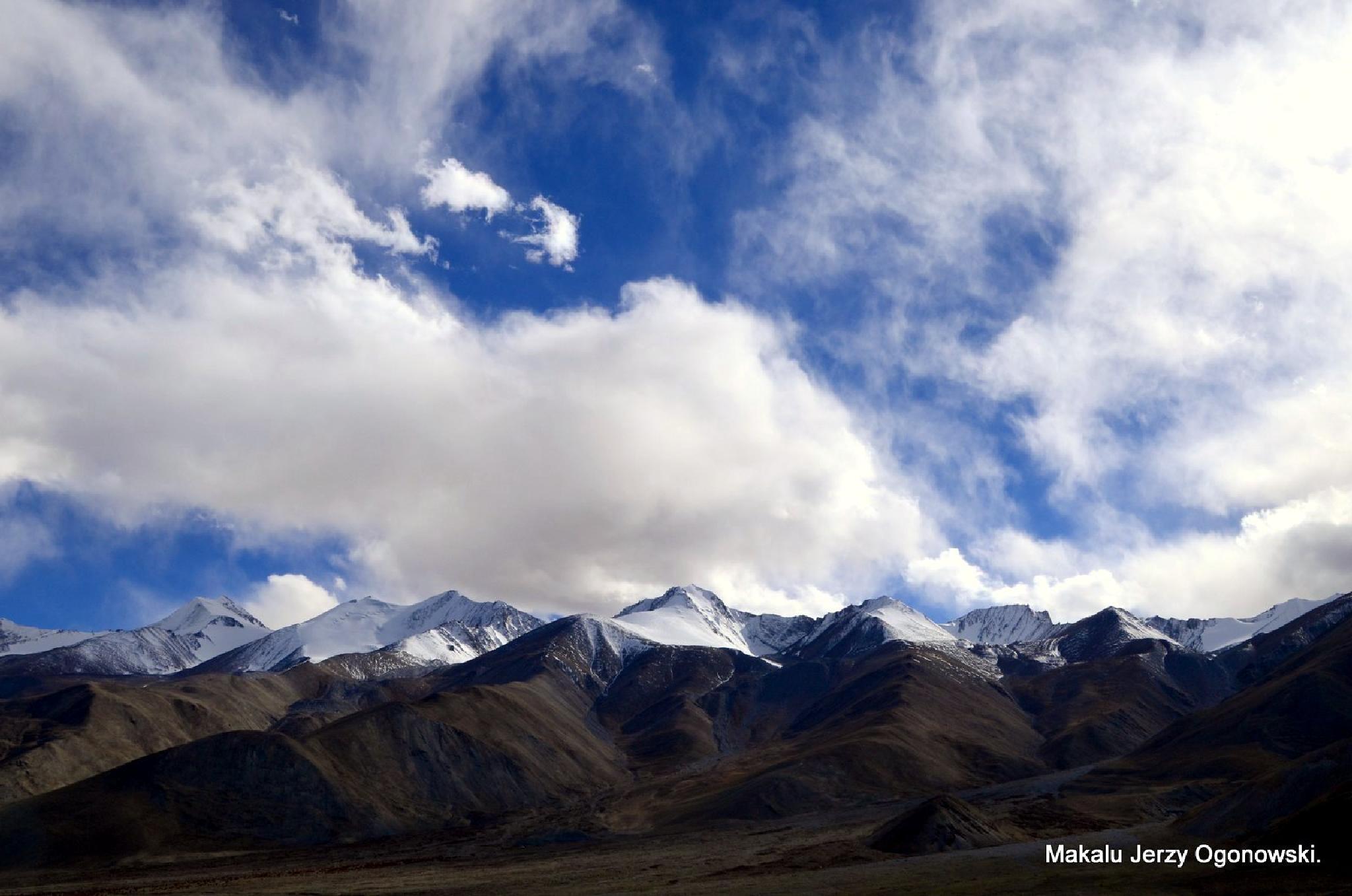 Himalayas by Makalu Jerzy Ogonowski