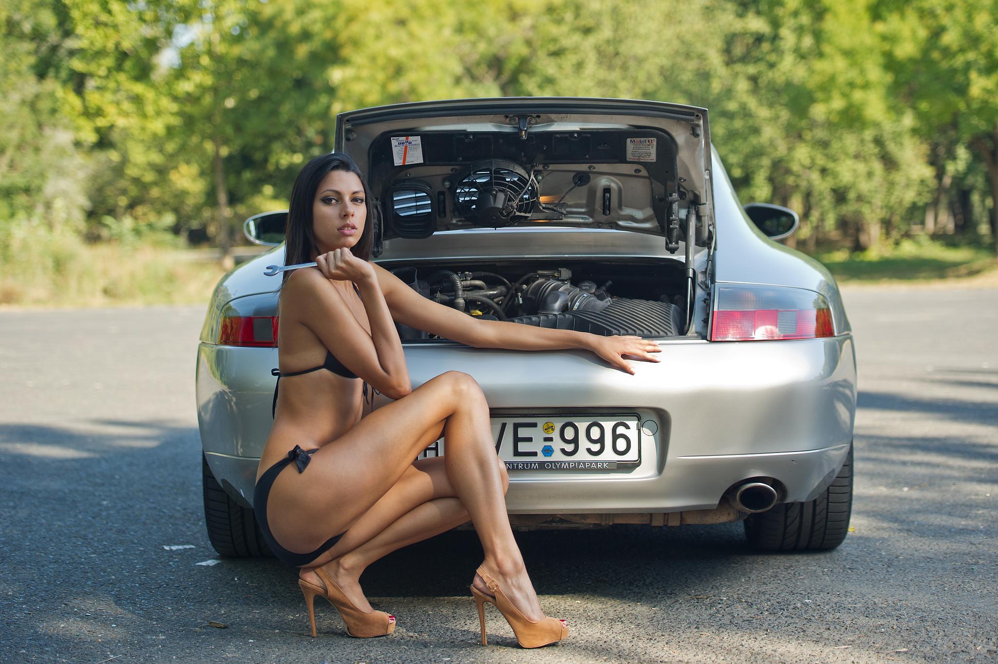 Porsche girl by jozseftoth