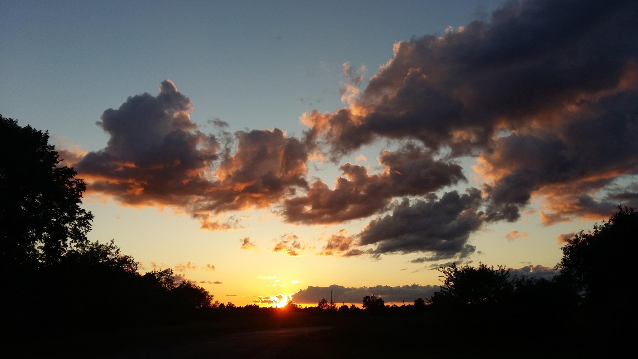 Beautiful clouds. by uzkuraitiene62