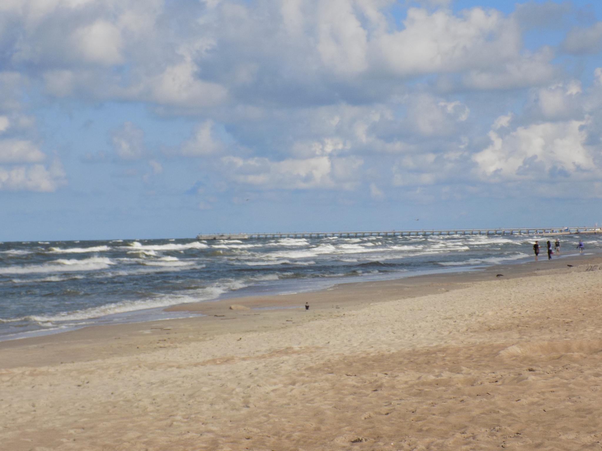 Sand ,sea, sky by uzkuraitiene62