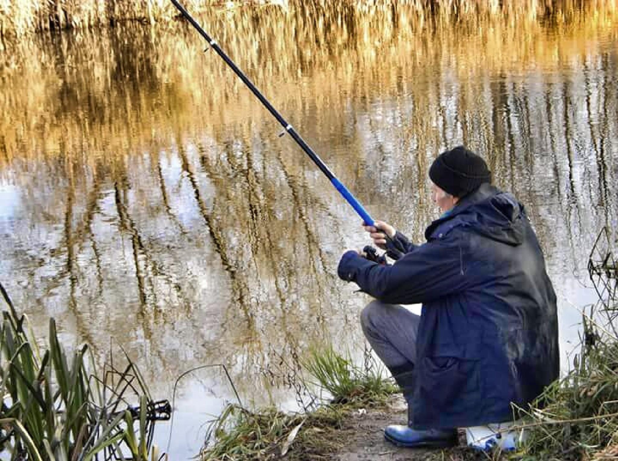 Old fisherman by uzkuraitiene62