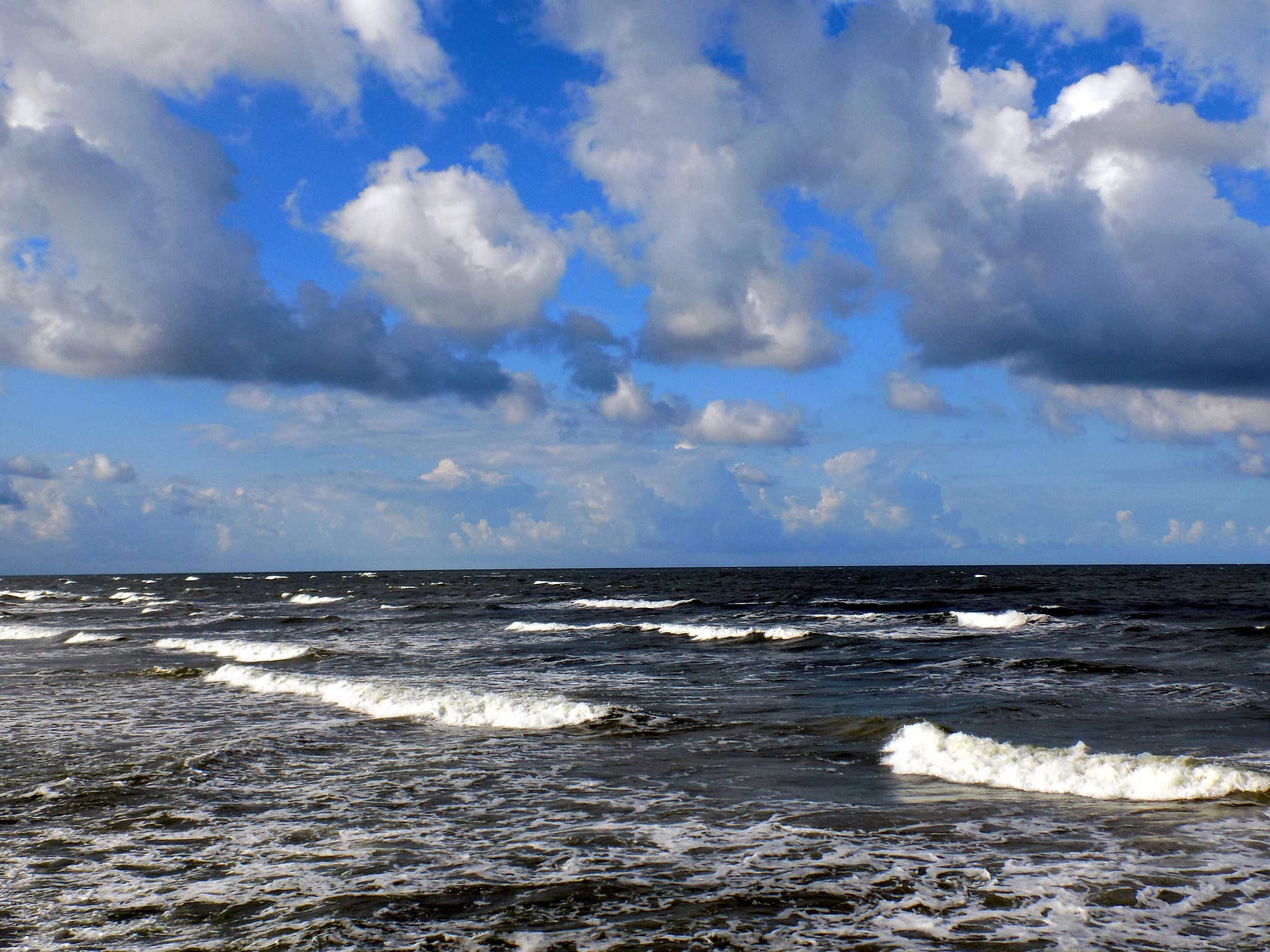 Sky and sea by uzkuraitiene62