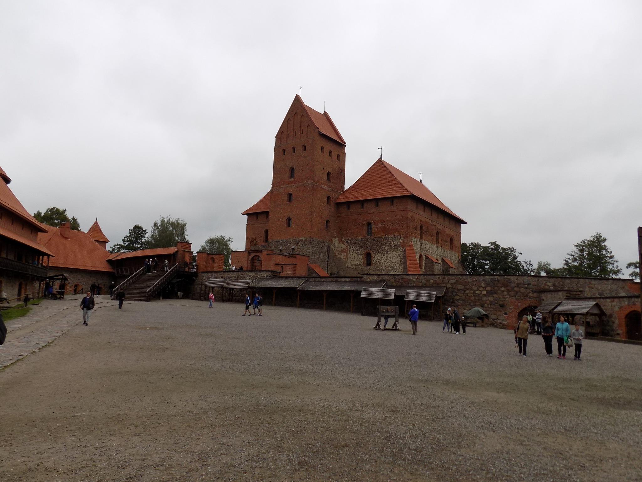 Castle by uzkuraitiene62