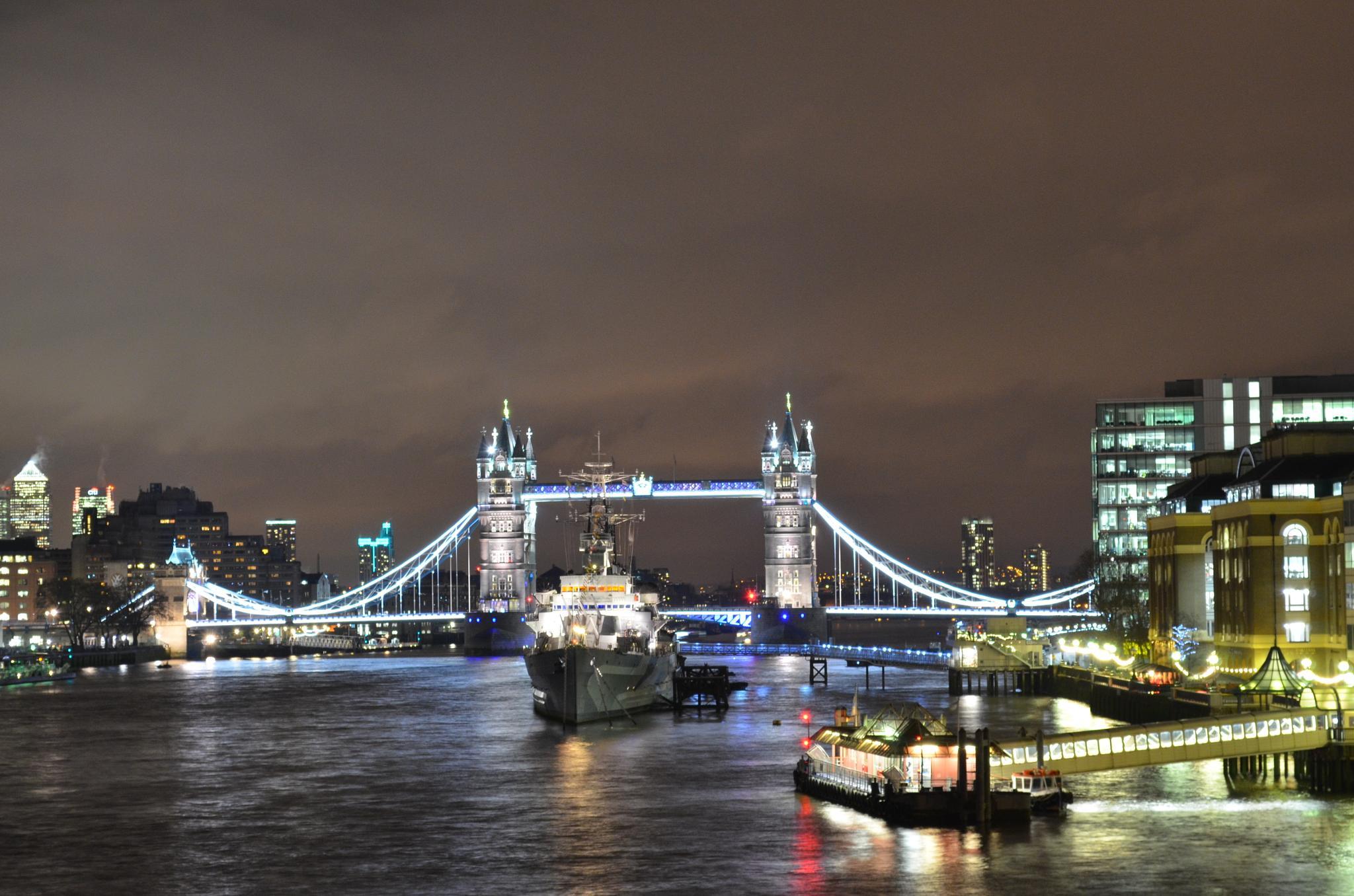 London by Kypros Kyprianou