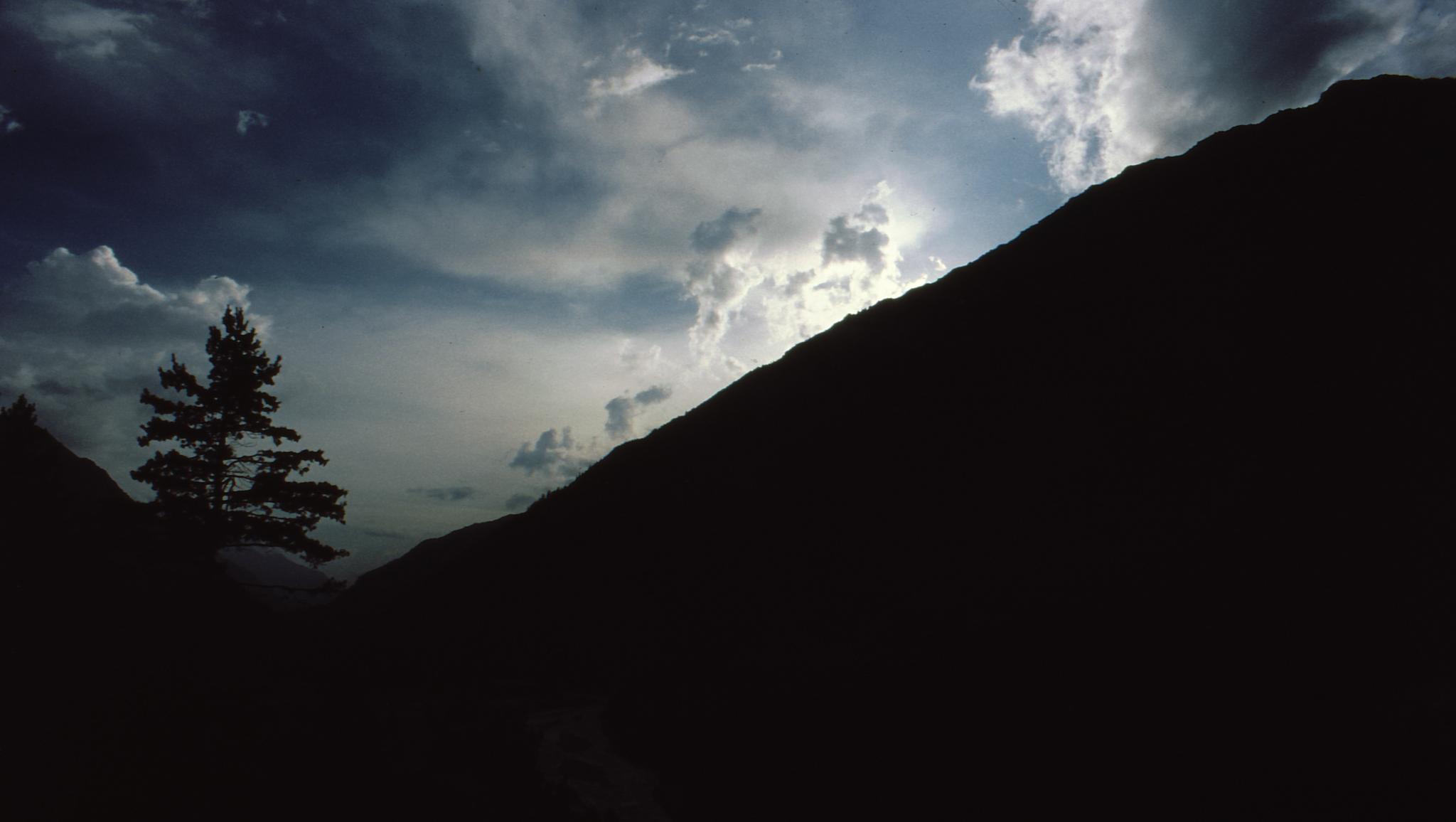 Stark solitude by GitiThadani