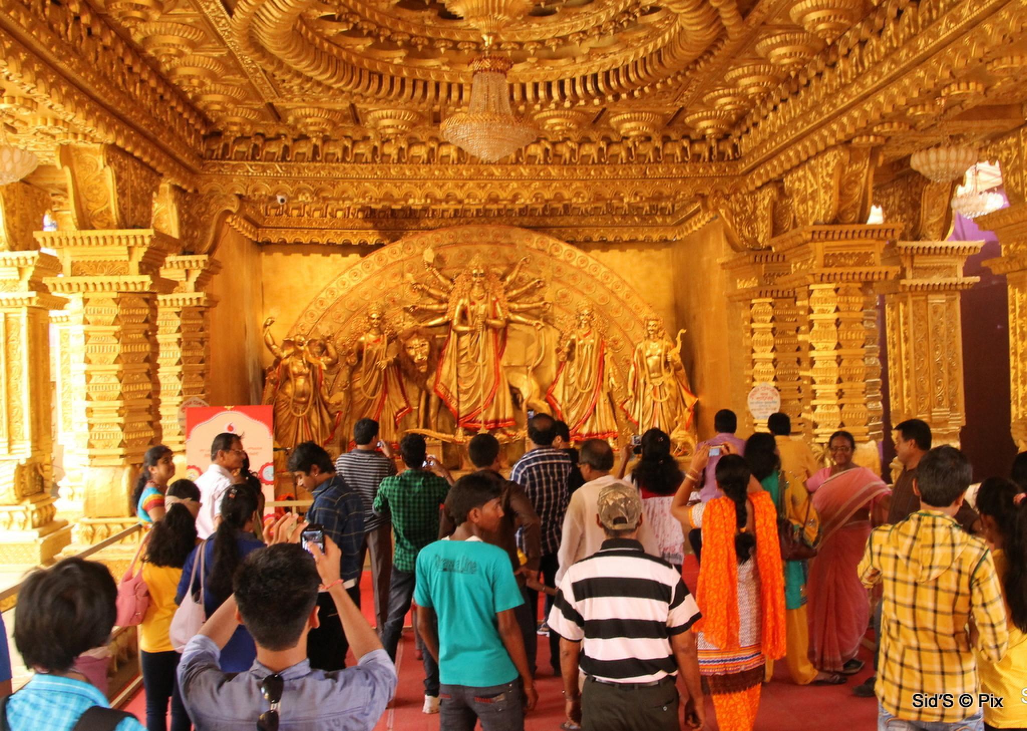 Durga Puja by Siddharth Sanyal