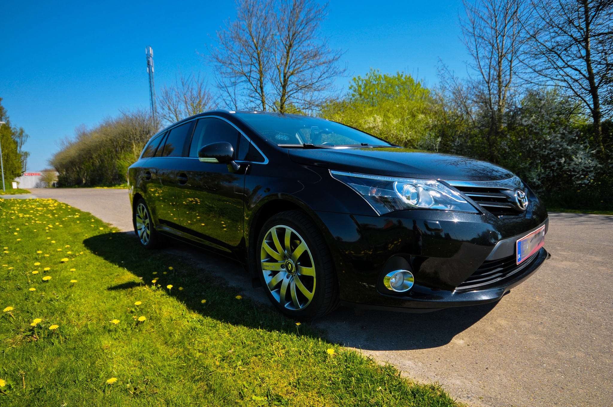 Photo in Vehicle #avensis t27 #wash #waxed