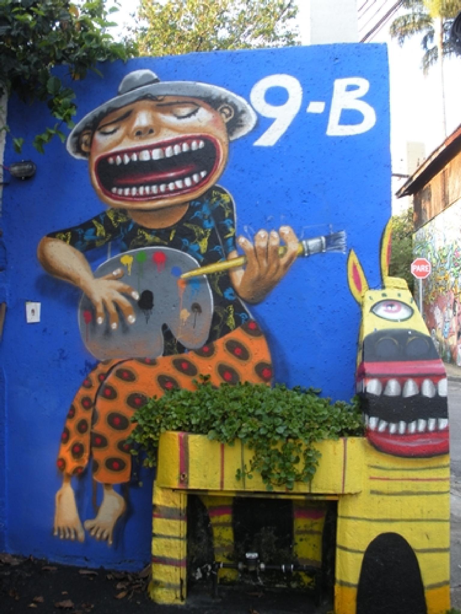 Singer by Luizaoliveira
