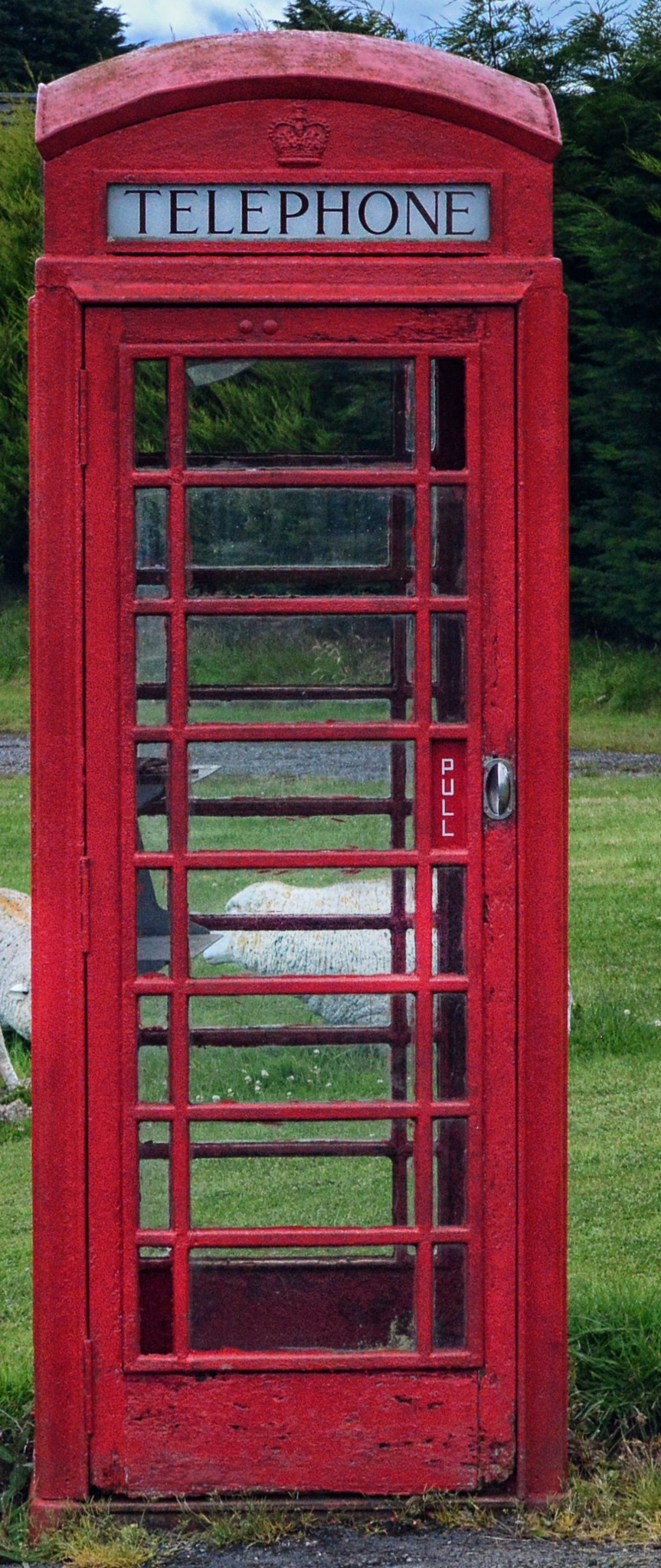 Red phone box by dew1961cap