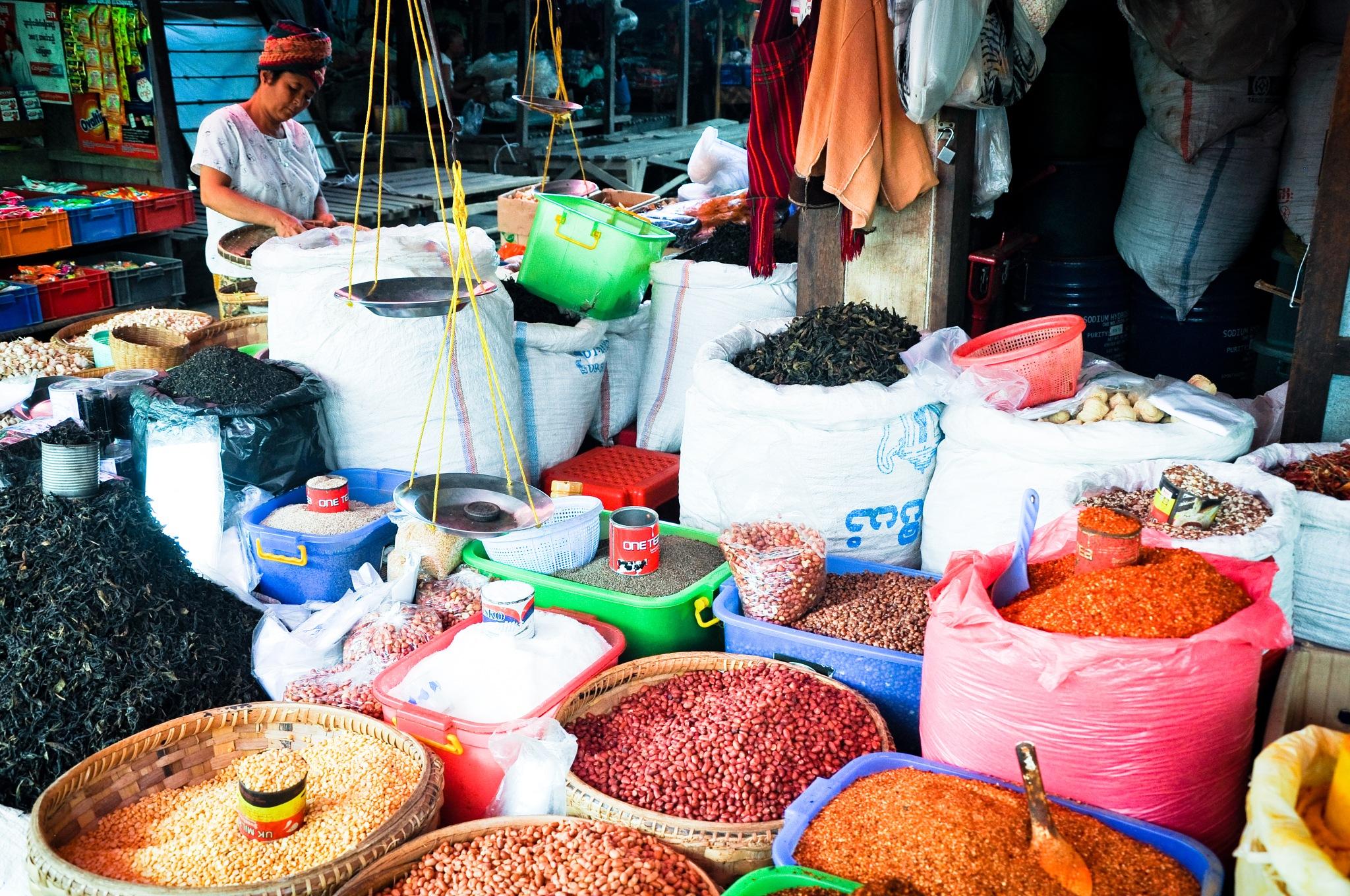 Spice Shop (Malaysia) by Jiri Bielicky