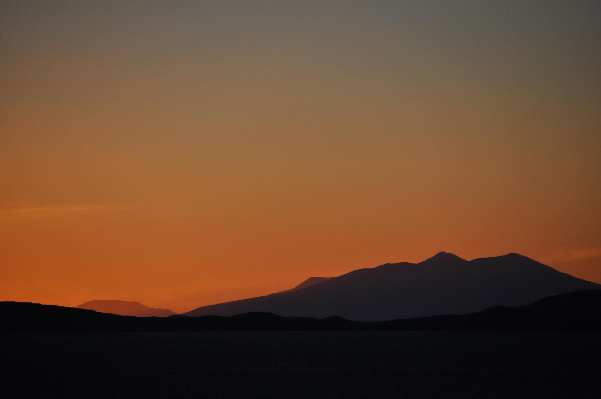 Sunset on salt by MonikaH