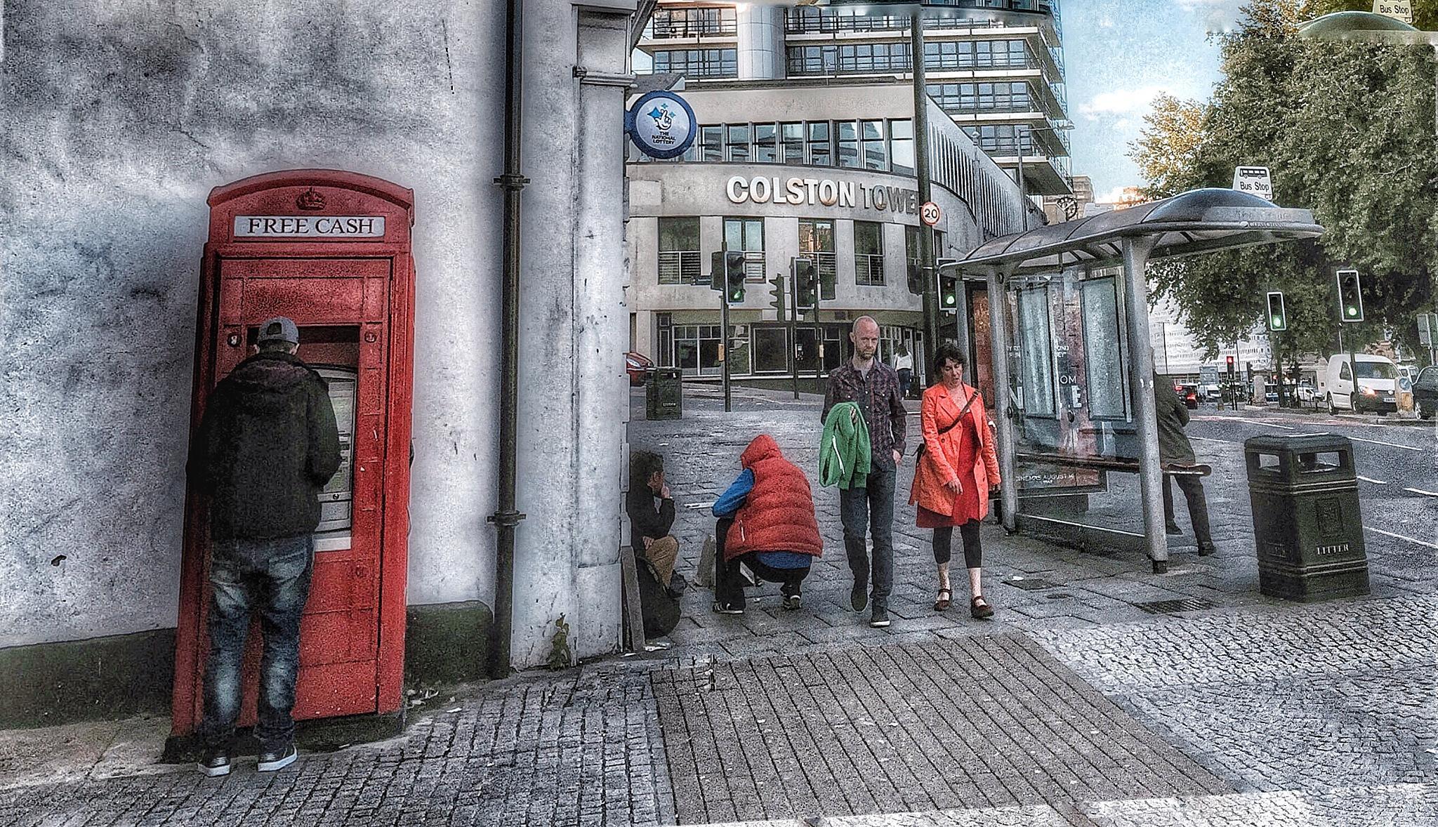Free cash by John John McLane Freelance photographer