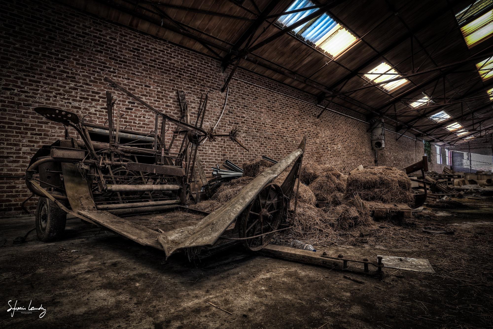 Urbex friche industrielle en belgique by Sylvain LANDRY