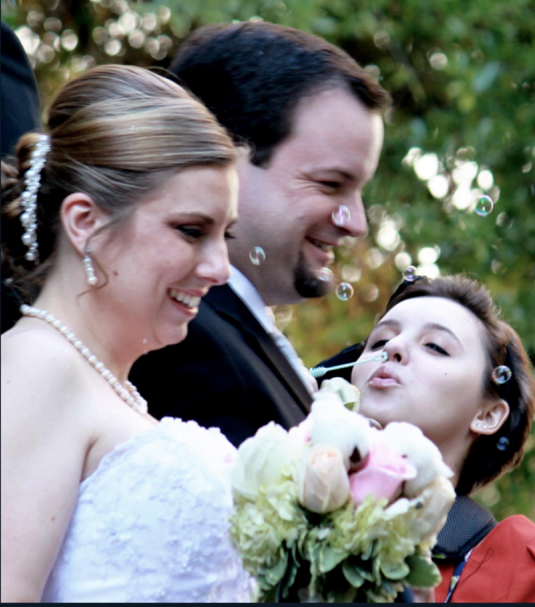 Wedding bubbles by Laine