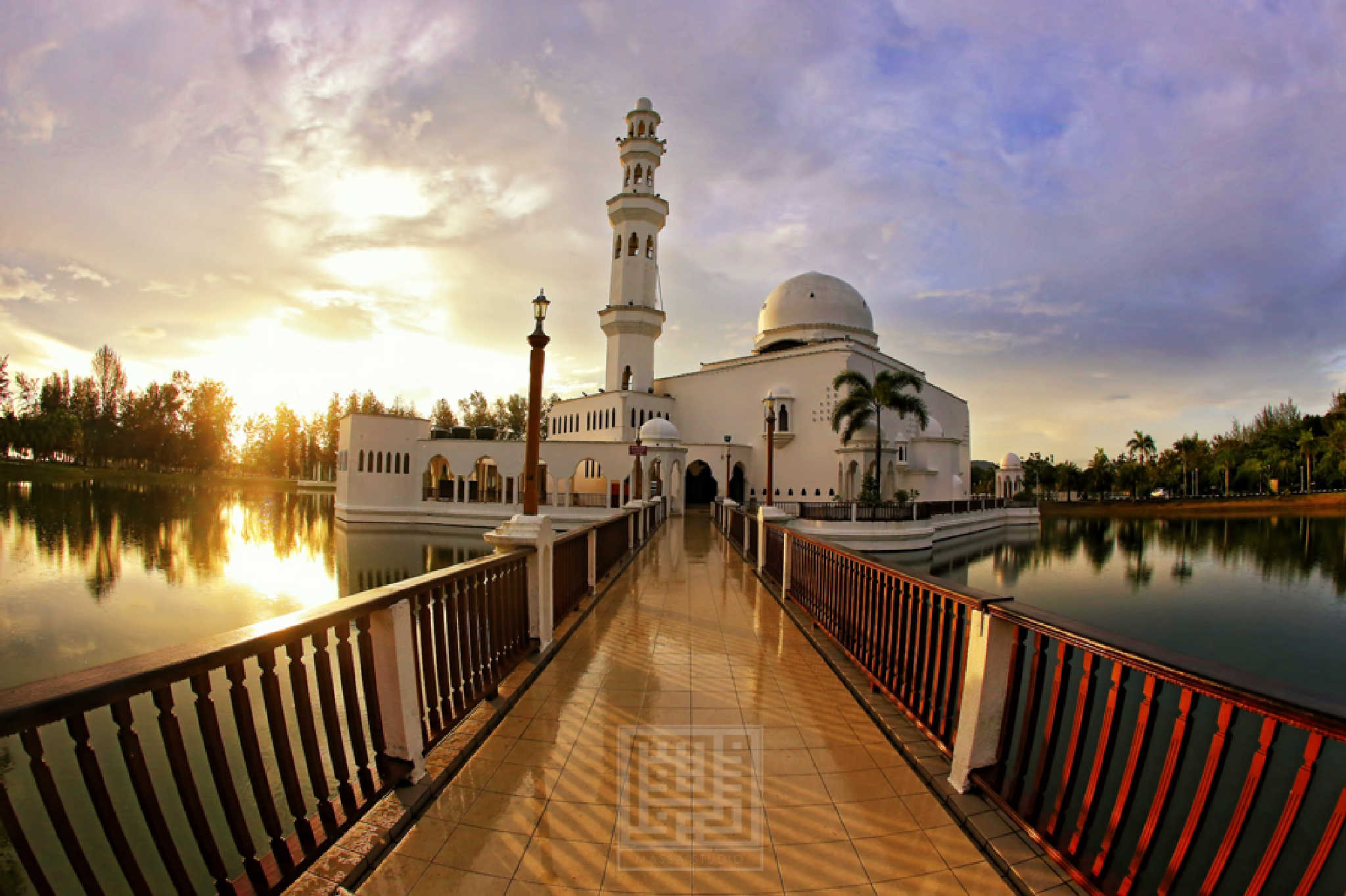Floating Mosque by wmf2099