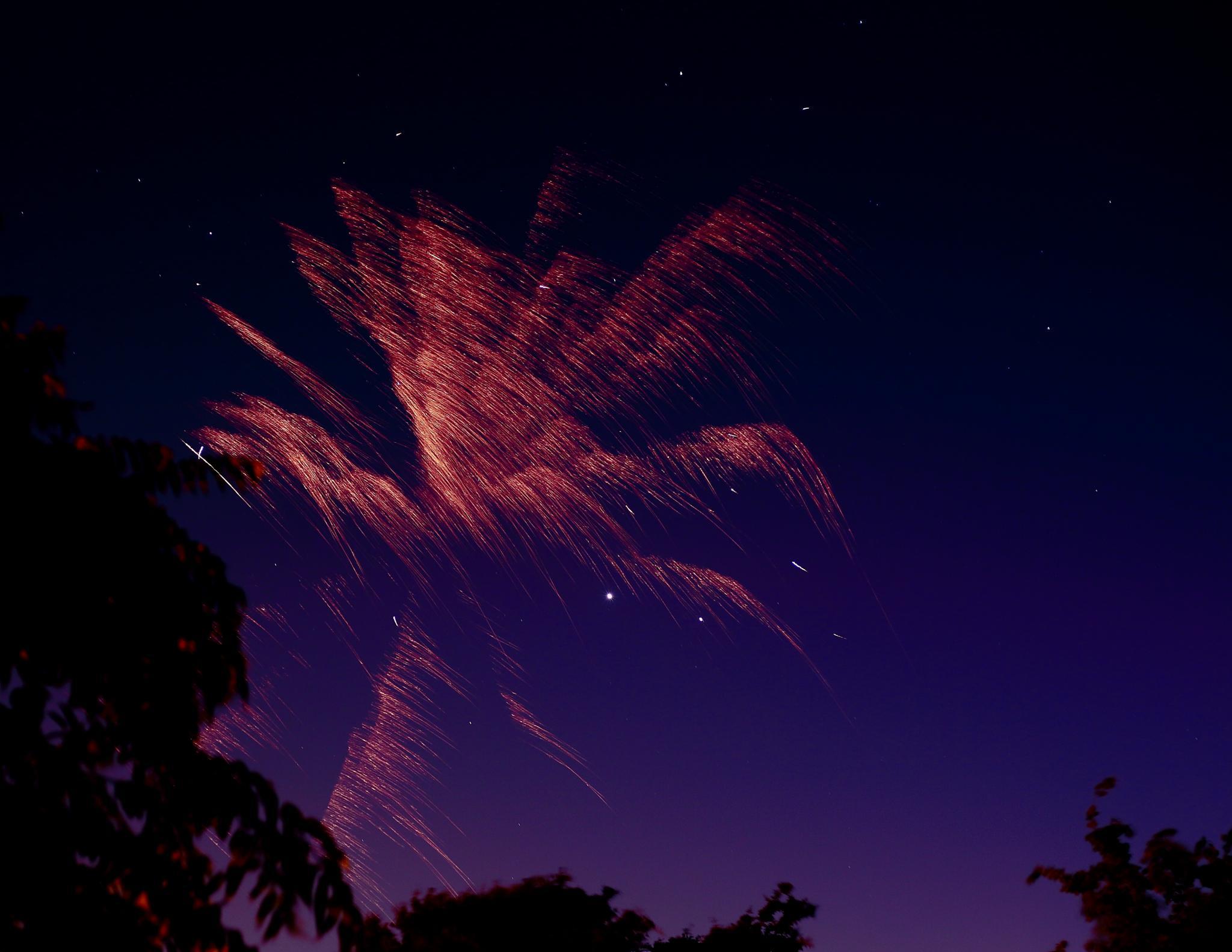 Jupiter Venus under fire! by jreyespr69