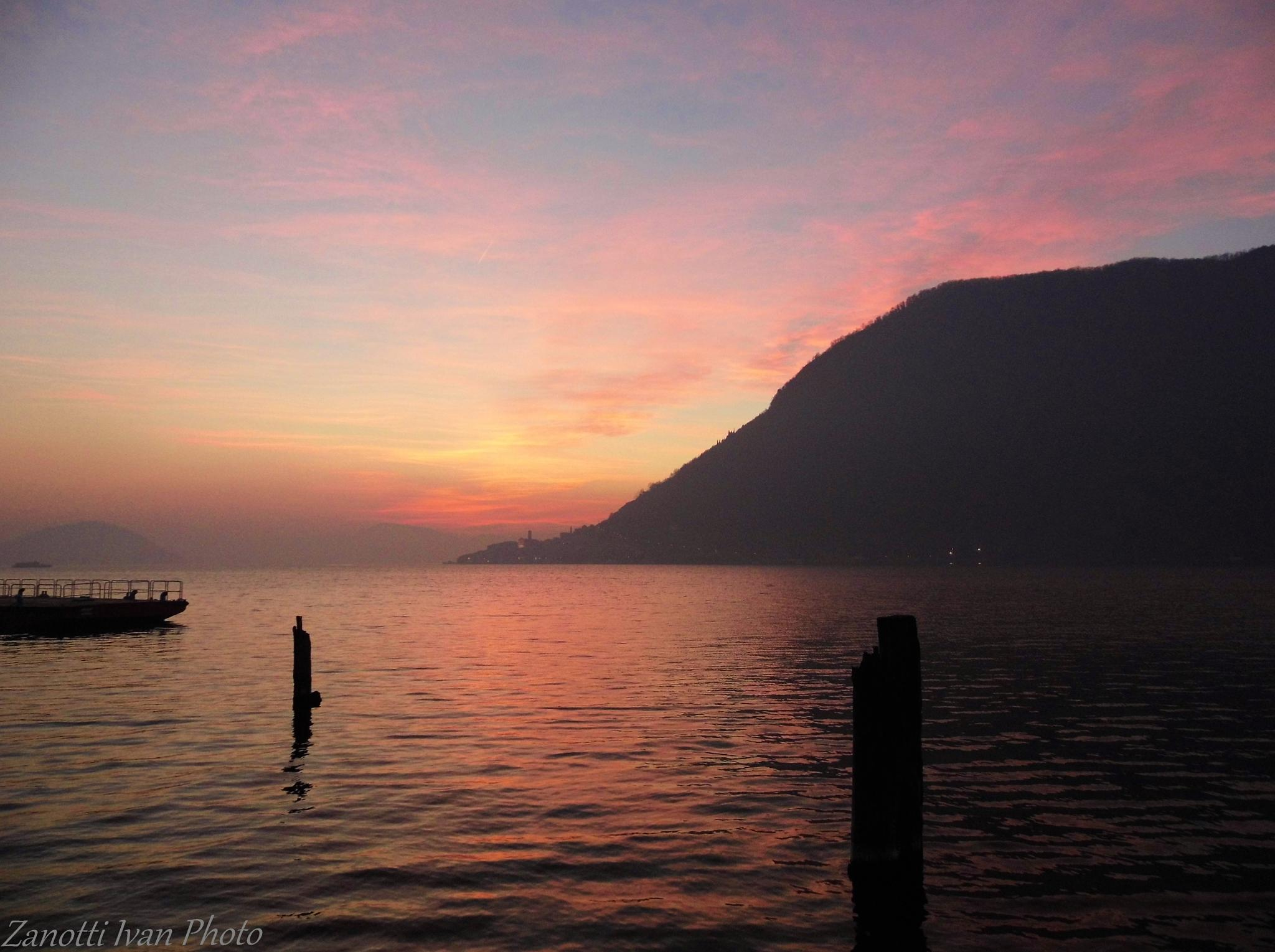 Lake sunset by Ivan 63