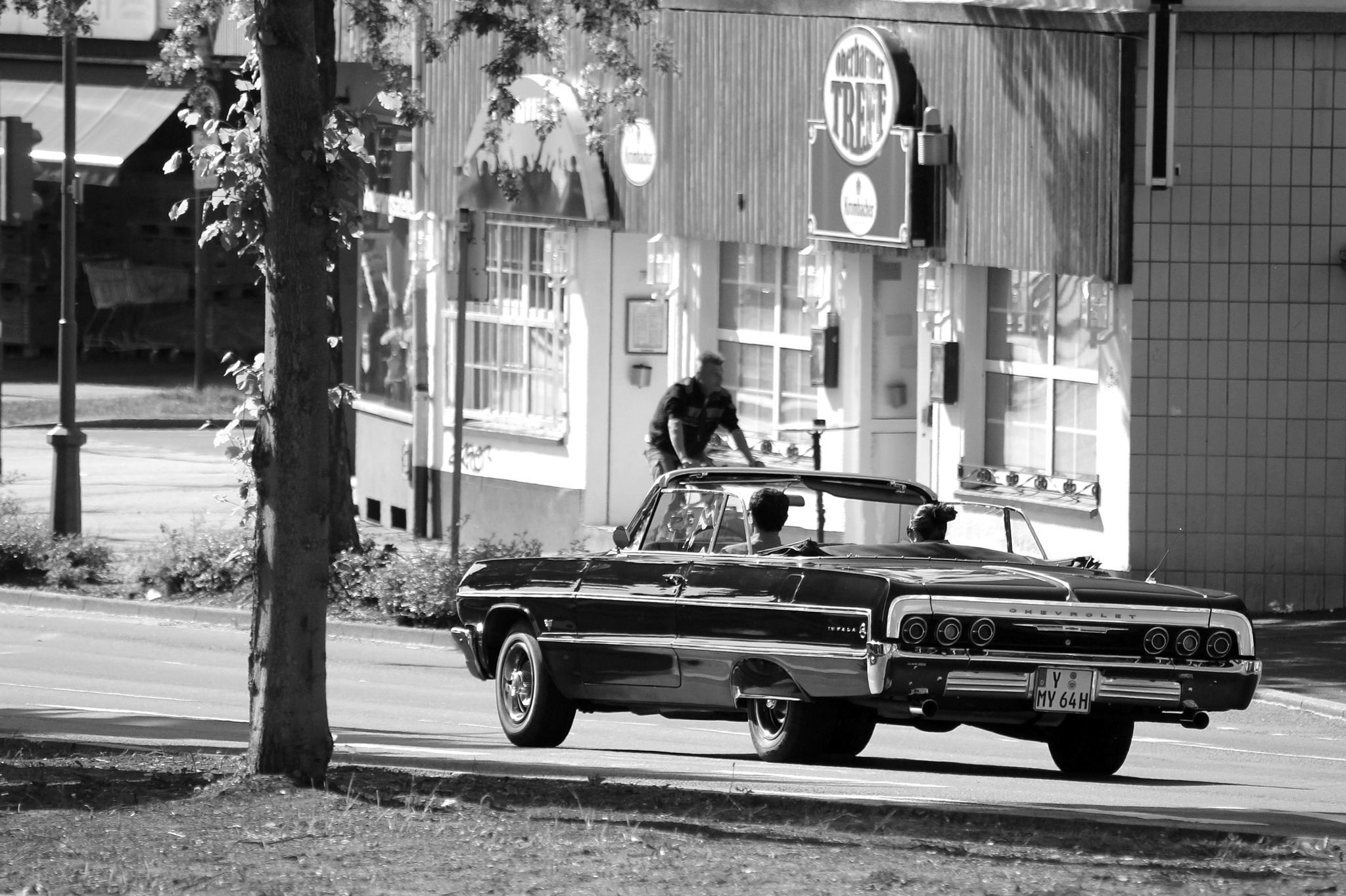 Oldtimer Street 1960 impala by Freihandfotografie Wuppertal