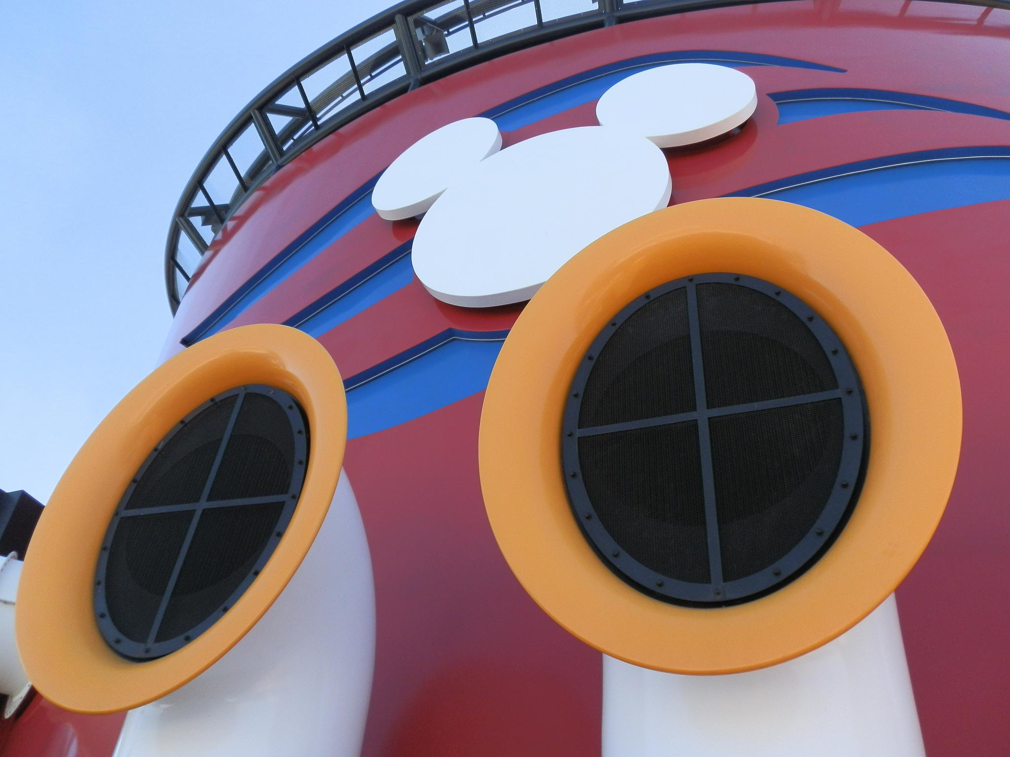 Disney Cruise Line by tazgirl1981
